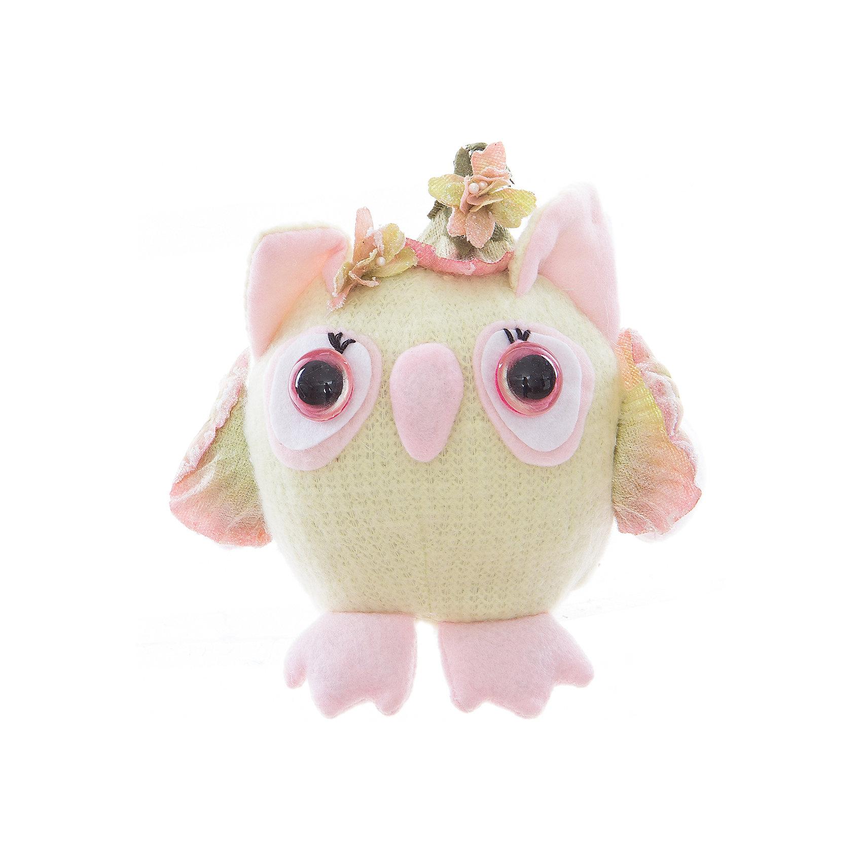 Интерьерная кукла Совушка C21-066021, EstroПредметы интерьера<br>Характеристики интерьерной куклы:<br><br>- размеры: 15*14*8 см. <br>- тип игрушки: животные, мягкая игрушка<br>- персонаж: сова<br>- вид упаковки: коробка<br>- возрастные ограничения: 3+<br>- комплектация: игрушка <br>- состав: дерево, полиэстер, текстиль, полиэфир <br>- материал изготовления: высококачественный пластик, полиэстер, ткань<br>- стиль: классический, прованс<br>- бренд: Estro <br>- страна бренда: Италия<br>- страна производитель: Китай<br><br>Смешная круглая сова привнесет неповторимость в и уют в Ваш дом, будет последним штрихом для создания неповторимого дизайна, который в любое время года принесет Вам только радость и позитивные эмоции. При ее изготовлении  применяются только качественные, высококлассные материалы.<br><br>Интерьерную куклу сова итальянской торговой марки Estro можно купить в нашем интернет-магазине.<br><br>Ширина мм: 150<br>Глубина мм: 150<br>Высота мм: 150<br>Вес г: 106<br>Возраст от месяцев: 36<br>Возраст до месяцев: 1188<br>Пол: Женский<br>Возраст: Детский<br>SKU: 5356622