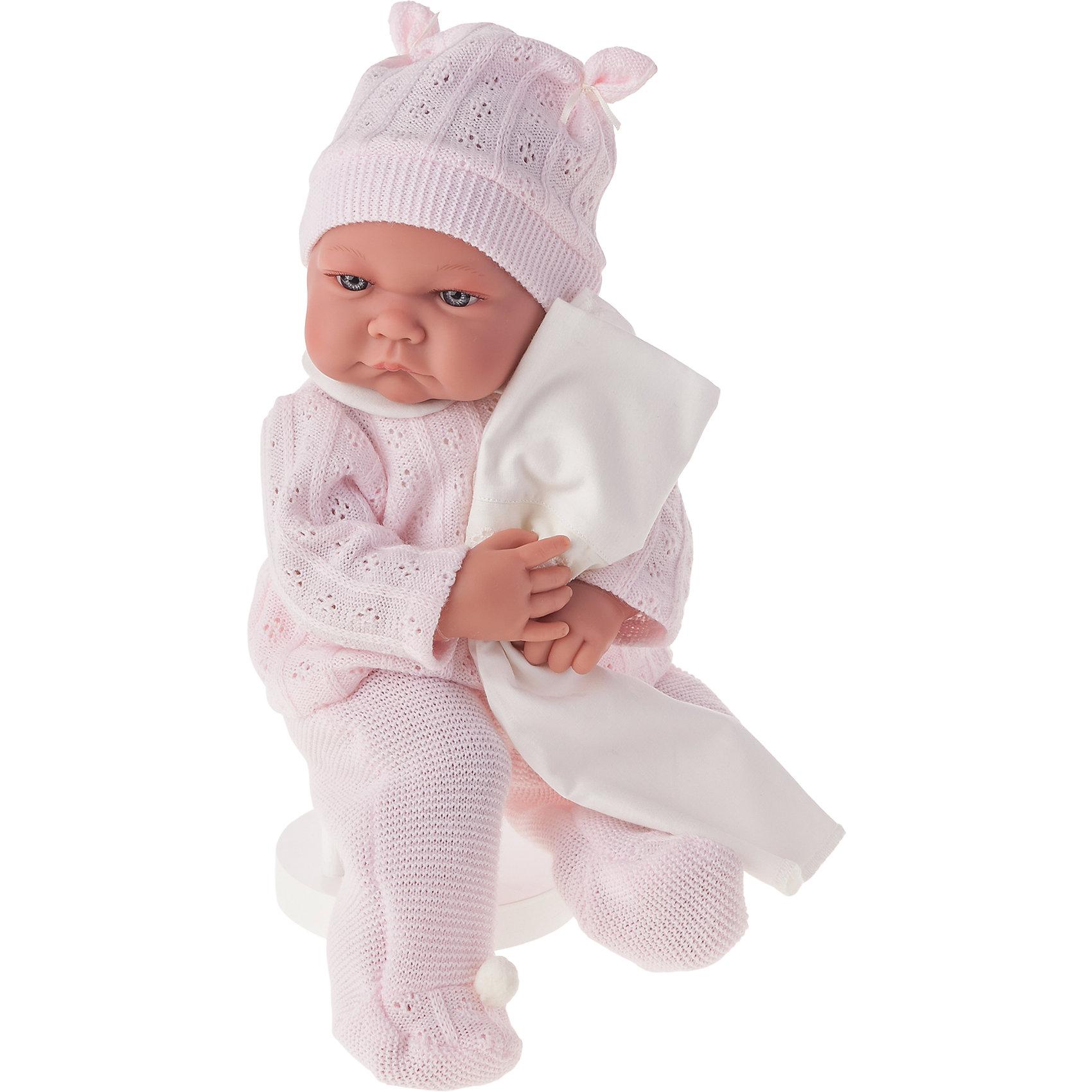 Кукла Ника в розовом, озвученная, 40 см, Munecas Antonio JuanКлассические куклы<br>Характеристики товара:<br><br>• возраст: от 3 лет;<br>• материал: винил, текстиль;<br>• в комплекте: кукла, костюм, шапочка;<br>• высота куклы: 40 см;<br>• размер упаковки: 47х26х16 см;<br>• вес упаковки: 1,45 кг;<br>• страна производитель: Испания.<br><br>Кукла Ника в розовом Munecas Antonio Juan — очаровательный малыш с пухлыми щечками и выразительными глазками. Кукла одета в вязаный розовый костюмчик и шапочку. У куклы подвижные ручки и ножки. При нажатии на кнопку на животике куколка смеется и произносит «папа» и «мама».<br><br>Игра с куклой привьет девочке чувство заботы, помощи, ответственности и любви. Кукла выполнена из качественных безопасных материалов.<br><br>Куклу Нику в розовом Munecas Antonio Juan можно приобрести в нашем интернет-магазине.<br><br>Ширина мм: 550<br>Глубина мм: 265<br>Высота мм: 160<br>Вес г: 1650<br>Возраст от месяцев: 36<br>Возраст до месяцев: 2147483647<br>Пол: Женский<br>Возраст: Детский<br>SKU: 5364640
