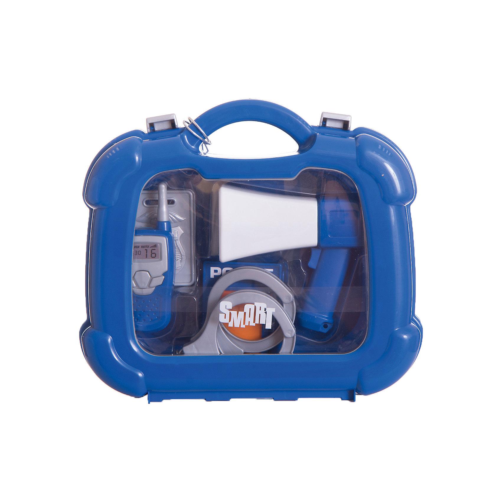 Набор полицейского в кейсе, HTIМастерская и инструменты<br>Набор полицейского в кейсе, HTI.<br><br>Характеристика: <br><br>• Материал: пластик. <br>• Размер упаковки: 28x24,4x8,5 см. <br>• Комплектация: наручники, жетон, лента, фонарик, рация, рупор. <br>• Удобные застежки. <br>• Ручка для переноски. <br>• Реалистичная детализация. <br><br>В этом наборе есть все, чтобы почувствовать себя настоящим полицейским! Все аксессуары прекрасно детализированы, изготовлены из высококачественного прочного пластика. Отличный вариант для увлекательных сюжетно-ролевых игр. <br><br>Набор полицейского в кейсе, HTI, можно купить в нашем интернет-магазине.<br><br>Ширина мм: 235<br>Глубина мм: 250<br>Высота мм: 80<br>Вес г: 400<br>Возраст от месяцев: 36<br>Возраст до месяцев: 168<br>Пол: Мужской<br>Возраст: Детский<br>SKU: 5366550