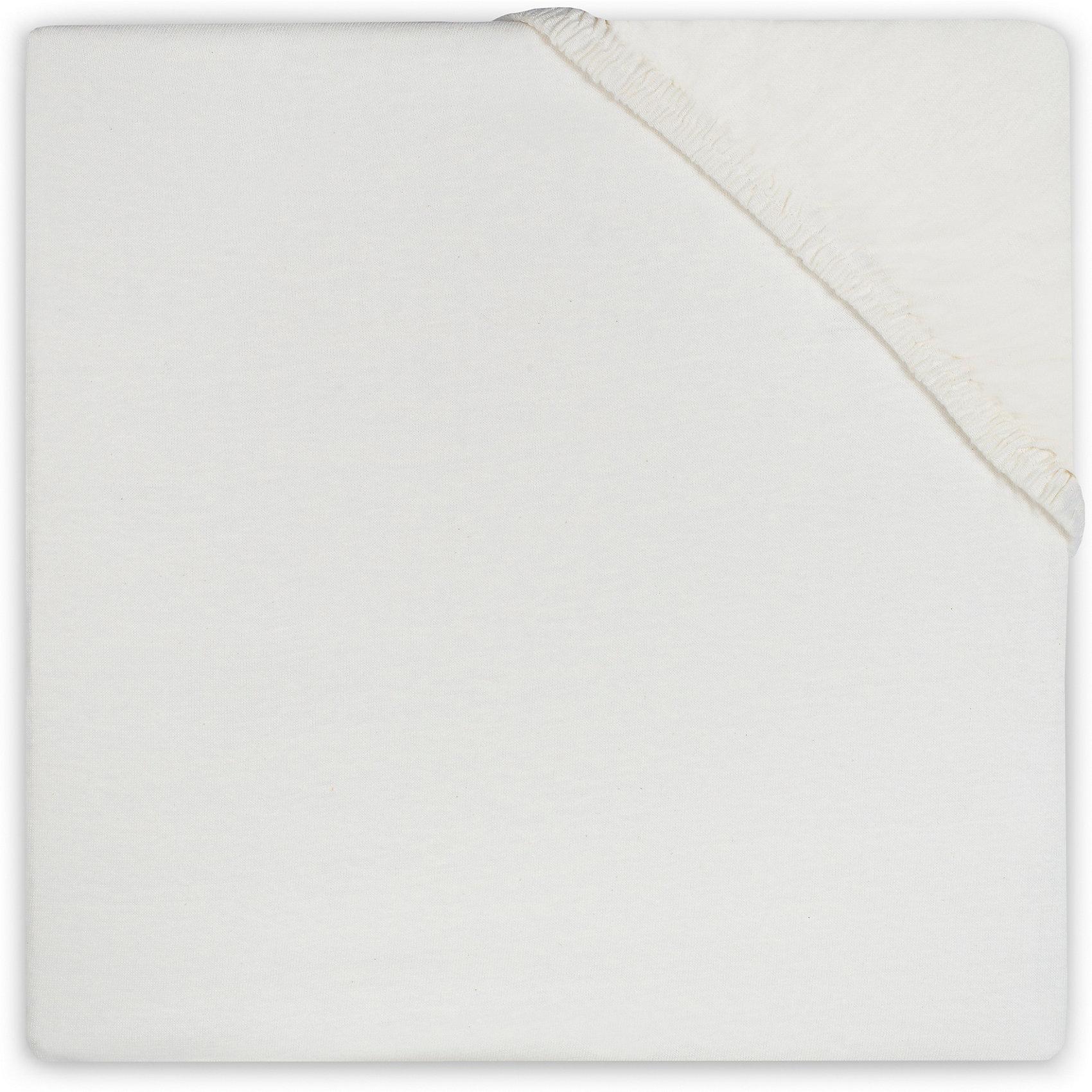 Простыня на резинке 60х120 см, Jollein, EcruХарактеристики:<br><br>• Вид детского текстиля: простыня на резинке<br>• Пол: универсальный<br>• Цвет: экрю<br>• Тематика рисунка: без рисунка<br>• Материал: 100% хлопок (бязь)<br>• Подходит для детских кроваток стандартного размера<br>• Размер: 60*120 см<br>• Вес: 200 г<br>• Особенности ухода: машинная или ручная стирка при температуре не более 60 градусов<br><br>Простыня на резинке 60х120 см, Jollein, Ecru от торговой марки Жолляйн, которая является признанным лидером среди аналогичных брендов, выпускающих детское постельное белье и текстиль для новорожденных. Продукция этого торгового бренда отличается высоким качеством и дизайнерским стилем. <br><br>Простыня выполнена из натурального хлопка, который обладает высокими гигиеническими и гигроскопическими свойствами. Легко стирается и быстро высыхает. Простыня на резинке плотно и хорошо садится на матрасик, что препятствует ее сбиванию и образованию складок, даже если ребенок спит неспокойно. <br><br>Простынь выполнена в однотонном цвете, поэтому она подойдет к любому комплекту постельного белья. Простыня на резинке 60х120 см, Jollein, Ecru – это стиль и качество для сладких сновидений вашего малыша!<br><br>Простыню на резинке 60х120 см, Jollein, Ecru можно купить в нашем интернет-магазине.<br><br>Ширина мм: 200<br>Глубина мм: 240<br>Высота мм: 30<br>Вес г: 272<br>Возраст от месяцев: 0<br>Возраст до месяцев: 36<br>Пол: Унисекс<br>Возраст: Детский<br>SKU: 5367121