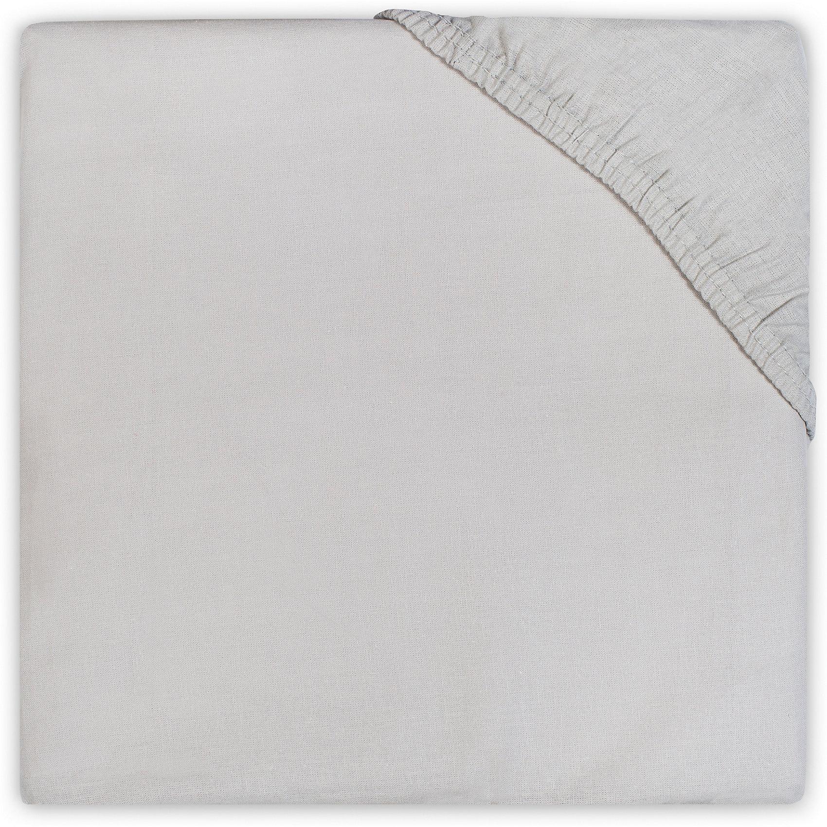 Простыня на резинке 60х120 см, Jollein, Light greyПостельное бельё<br>Характеристики:<br><br>• Вид детского текстиля: простыня на резинке<br>• Пол: универсальный<br>• Цвет: светло серый<br>• Тематика рисунка: без рисунка<br>• Материал: 100% хлопок <br>• Подходит для детских кроваток стандартного размера<br>• Размер: 60*120 см<br>• Вес: 200 г<br>• Особенности ухода: машинная или ручная стирка при температуре не более 60 градусов<br><br>Простыня на резинке 60х120 см, Jollein, Light grey от торговой марки Жолляйн, которая является признанным лидером среди аналогичных брендов, выпускающих детское постельное белье и текстиль для новорожденных. Продукция этого торгового бренда отличается высоким качеством и дизайнерским стилем. <br><br>Простыня выполнена из натурального хлопка, который обладает высокими гигиеническими и гигроскопическими свойствами. Легко стирается и быстро высыхает. Простыня на резинке плотно и хорошо садится на матрасик, что препятствует ее сбиванию и образованию складок, даже если ребенок спит неспокойно. <br><br>Простынь выполнена в однотонном цвете, поэтому она подойдет к любому комплекту постельного белья. Простыня на резинке 60х120 см, Jollein, Light grey – это стиль и качество для сладких сновидений вашего малыша!<br><br>Простыню на резинке 60х120 см, Jollein, Light grey можно купить в нашем интернет-магазине.<br><br>Ширина мм: 200<br>Глубина мм: 240<br>Высота мм: 30<br>Вес г: 272<br>Возраст от месяцев: 0<br>Возраст до месяцев: 36<br>Пол: Унисекс<br>Возраст: Детский<br>SKU: 5367123
