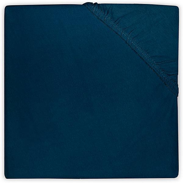Простыня на резинке 60х120 см, Jollein, NaviПостельное белье в кроватку новорождённого<br>Характеристики:<br><br>• Вид детского текстиля: простыня на резинке<br>• Пол: для мальчика<br>• Цвет: синий<br>• Тематика рисунка: без рисунка<br>• Материал: 100% хлопок <br>• Подходит для детских кроваток стандартного размера<br>• Размер: 60*120 см<br>• Вес: 200 г<br>• Особенности ухода: машинная или ручная стирка при температуре не более 60 градусов<br><br>Простыня на резинке 60х120 см, Jollein, Navi от торговой марки Жолляйн, которая является признанным лидером среди аналогичных брендов, выпускающих детское постельное белье и текстиль для новорожденных. Продукция этого торгового бренда отличается высоким качеством и дизайнерским стилем. <br><br>Простыня выполнена из натурального хлопка, который обладает высокими гигиеническими и гигроскопическими свойствами. Легко стирается и быстро высыхает. Простыня на резинке плотно и хорошо садится на матрасик, что препятствует ее сбиванию и образованию складок, даже если ребенок спит неспокойно. <br><br>Простынь выполнена в однотонном цвете, поэтому она подойдет к любому комплекту постельного белья. Простыня на резинке 60х120 см, Jollein, Navi – это стиль и качество для сладких сновидений вашего малыша!<br><br>Простыню на резинке 60х120 см, Jollein, Navi можно купить в нашем интернет-магазине.<br>Ширина мм: 190; Глубина мм: 230; Высота мм: 30; Вес г: 270; Возраст от месяцев: 0; Возраст до месяцев: 36; Пол: Мужской; Возраст: Детский; SKU: 5367126;