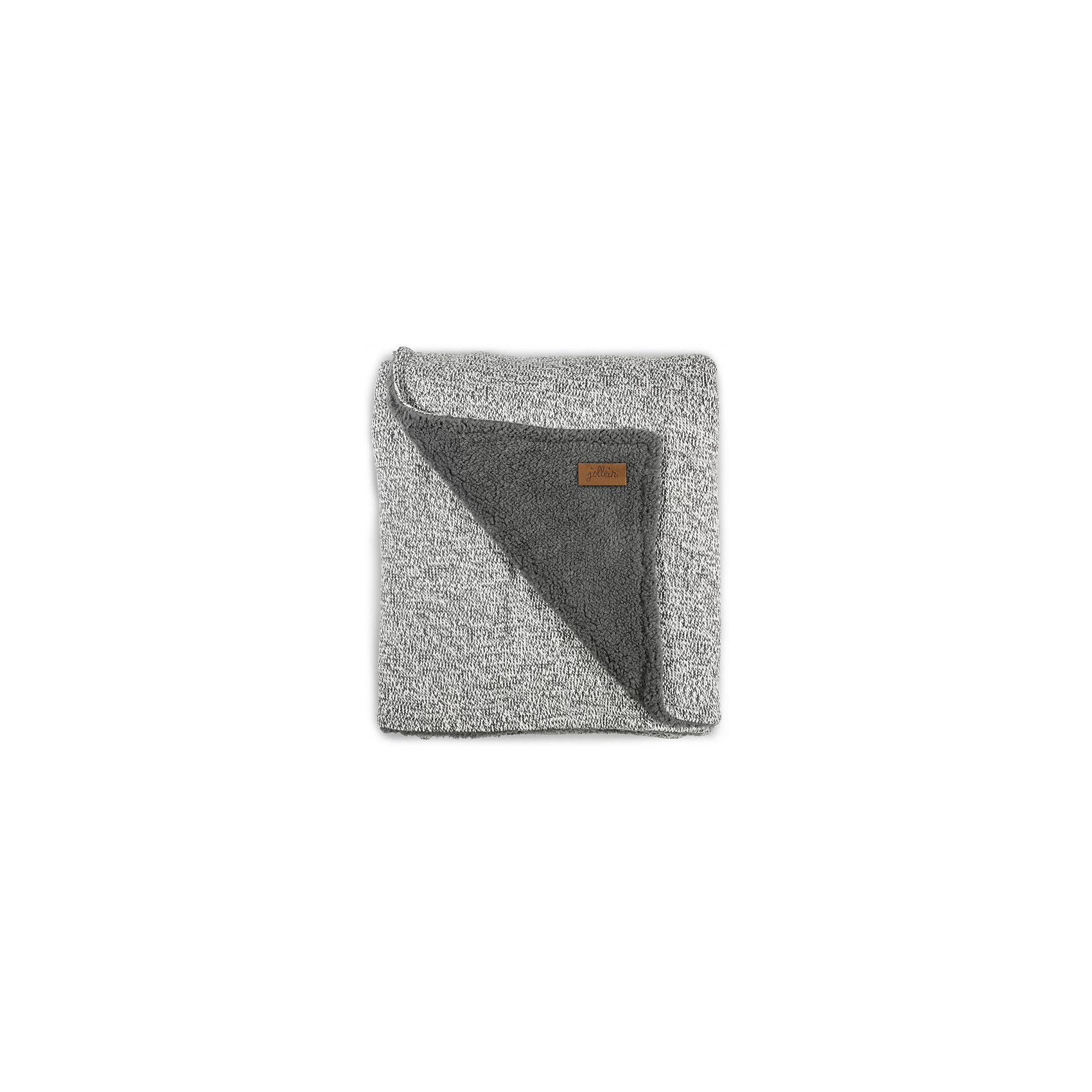 Вязаный плед с мехом 100х150 см, Jollein, Stonewashed knit greyОдеяла, пледы<br>Характеристики:<br><br>• Предназначение: для сна<br>• Пол: универсальный<br>• Сезон: круглый год<br>• Степень утепления: средняя<br>• Температурный режим: от +5? С<br>• Цвет: серый меланжевый<br>• Тематика рисунка: без рисунка<br>• Материал: 50% хлопок, 50% акрил; утеплитель – мех шерпы, 100% полиэстер<br>• Размер (Ш*Д): 100*150 см<br>• Вес: 750 г<br>• Особенности ухода: машинная или ручная стирка при температуре не более 60 градусов<br><br>Вязаный плед с мехом 100х150 см, Jollein, Stonewashed knit grey от торговой марки Жолляйн, которая является признанным лидером среди аналогичных брендов, выпускающих детское постельное белье и текстиль для новорожденных и детей. Продукция этого торгового бренда отличается высоким качеством и дизайнерским стилем. <br><br>Плед выполнен из вязаного полотна, выполненного из сочетания хлопка и акрила, что обеспечивает изделию высокие гигиенические, гигроскопические и гипоаллергенные качества. Благодаря акрилу плед хорошо сохраняет цвет и форму. Повышенные тепловые качества изделию обеспечивает мех шерпы, который отличается мягкостью, гипоаллергенностью и в процессе эксплуатации не электризуется. <br><br>Плед выполнен в брендовом дизайне: вязаное полотно стильного серого цвета. Вязаный плед с мехом 100х150 см, Jollein, Stonewashed knit grey – это плед, который подарит тепло, уют и роскошь классического стиля!<br><br>Вязаный плед с мехом 100х150 см, Jollein, Stonewashed knit grey можно купить в нашем интернет-магазине.<br><br>Ширина мм: 250<br>Глубина мм: 300<br>Высота мм: 100<br>Вес г: 1010<br>Возраст от месяцев: 0<br>Возраст до месяцев: 36<br>Пол: Унисекс<br>Возраст: Детский<br>SKU: 5367187