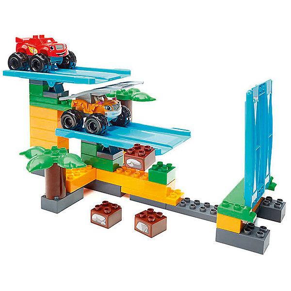 Конструктор Mega Bloks Вспыш и чудо-машинки - Гонки в джунглях, 50 деталейПластмассовые конструкторы<br>Характеристики товара:<br><br>• возраст: от 3 лет;<br>• материал: пластик;<br>• в комплекте: 50 деталей;<br>• размер упаковки: 41х29х7 см;<br>• вес упаковки: 1,14 кг;<br>• страна производитель: Канада.<br><br>Конструктор «Вспыш: гонки в джунглях» Mega Bloks создан по мотивам известного детского мультфильма «Вспыш и чудо машинки», где рассказывается, как Вспыш и его друзья участвуют в гонках.<br><br>Из элементов конструктора собираются 2 персонажа Вспыш и его друг Рык и гоночная трасса. Трасса оборудована подвижными пластинами, по которым машинки совершают заезды. <br><br>Все детали крупные, подходящие для маленьких детских ручек. Они изготовлены из качественного безвредного пластика. Сборка конструктора — увлекательное занятие, которое способствует развитию мелкой моторики рук, усидчивости, логического мышления.<br><br>Конструктор «Вспыш: гонки в джунглях» Mega Bloks можно приобрести в нашем интернет-магазине.<br>Ширина мм: 9999; Глубина мм: 9999; Высота мм: 9999; Вес г: 9999; Возраст от месяцев: 36; Возраст до месяцев: 2147483647; Пол: Мужской; Возраст: Детский; SKU: 5378233;