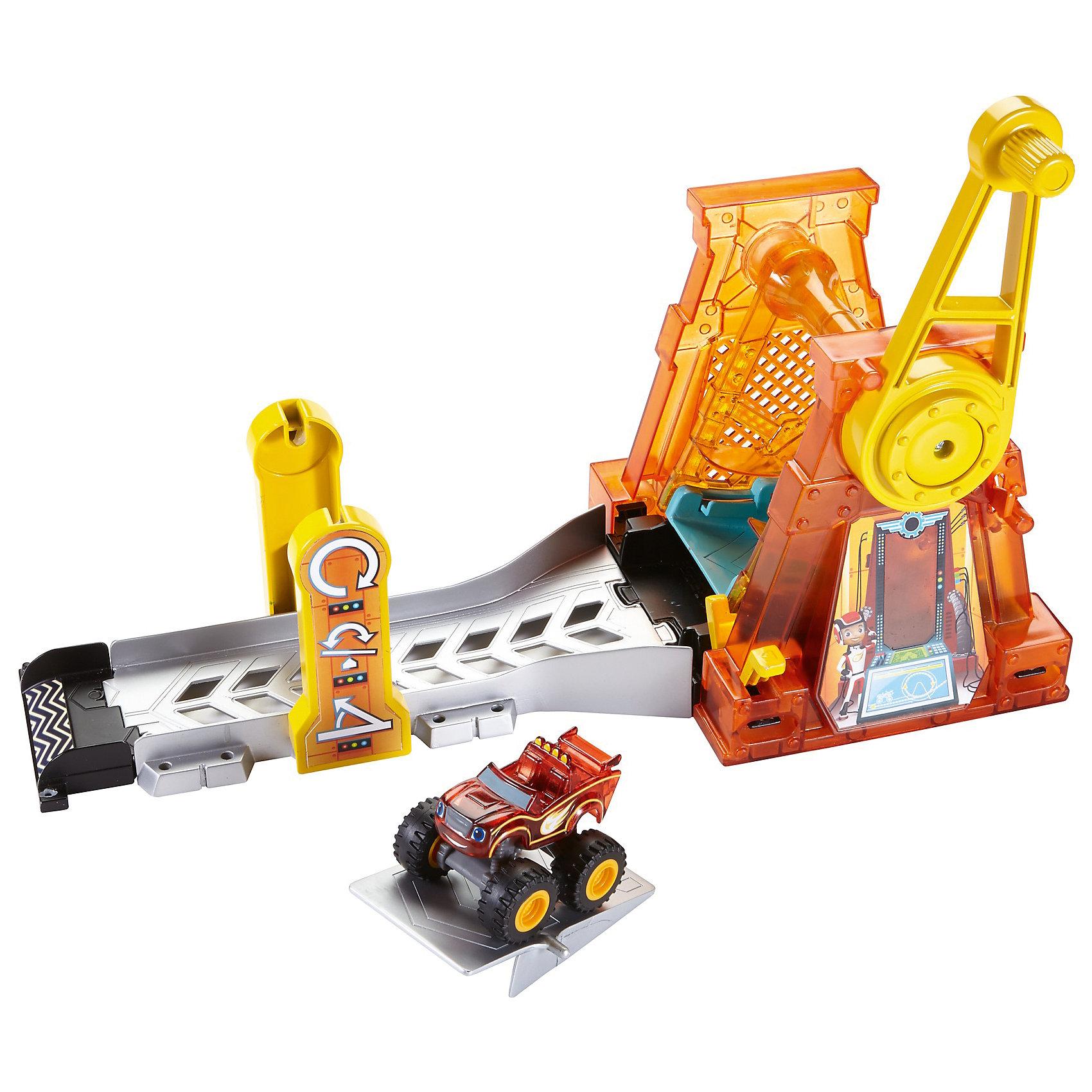 Игровой набор Гиперпетля, Fisher Price, Вспыш и чудо-машинкиИгровые наборы<br>Характеристики товара:<br><br>• комплектация: игрушка, упаковка <br>• материал: пластик<br>• двигающиеся элементы<br>• серия: Вспыш и чудо-машинки<br>• возраст: от 3 лет<br>• для мальчиков<br>• габариты упаковки: 42х28х13 см.<br>• срок годности: не ограничен<br>• страна бренда: США<br><br>Гиперпетля – дополнение к игрушкам из серии чудо-машинок. При нажатии на специальную кнопку Вспыш делает оборот в 360 градусов. Трасса содержит множество препятствий и деталей. Стоит отметить, что все товары, выпускаемые компанией Mattel, полностью безопасны и соответствуют международным  требованиям по качеству материалов. <br><br>Игрушку Игровой набор Гиперпетля, Fisher Price, Вспыш и чудо-машинки» можно приобрести в нашем интернет-магазине.<br><br>Ширина мм: 415<br>Глубина мм: 105<br>Высота мм: 280<br>Вес г: 978<br>Возраст от месяцев: 36<br>Возраст до месяцев: 120<br>Пол: Мужской<br>Возраст: Детский<br>SKU: 5378258