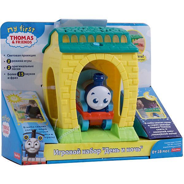 Игровой набор с проекцией и звуками День и Ночь, Томас и его друзьяПопулярные игрушки<br>Характеристики товара:<br><br>• возраст: от 1,5 лет;<br>• материал: пластик;<br>• в комплекте: паровозик, ангар;<br>• тип батареек: 3 батарейки ААА;<br>• наличие батареек: демонстрационные в комплекте;<br>• размер упаковки: 28х23х12 см;<br>• вес упаковки: 665 гр.;<br>• страна производитель: Китай.<br><br>Игровой набор с проекцией и звуками «День и ночь» Томас и его друзья Fisher Price — увлекательная развивающая игрушка, созданная по мотивам известного мультфильма «Томас и его друзья». Паровозик Томас работает на железной дороге и помогает своим друзьям справляться с трудностями.<br><br>В комплекте паровозик и его депо, куда он заезжает и выезжает. Эта увлекательная игрушка работает в 2 режимах «День» и «Ночь», которые меняются переключателем на депо. В дневном режиме малыш послушает песенки, фразы и разнообразные звуки. В ночном режиме паровозик споет колыбельную, а проектор осветит комнату нежными успокаивающими цветами. <br><br>Игровой набор с проекцией и звуками «День и ночь» Томас и его друзья Fisher Price можно приобрести в нашем интернет-магазине.<br><br>Ширина мм: 280<br>Глубина мм: 120<br>Высота мм: 230<br>Вес г: 672<br>Возраст от месяцев: 36<br>Возраст до месяцев: 2147483647<br>Пол: Мужской<br>Возраст: Детский<br>SKU: 5378279