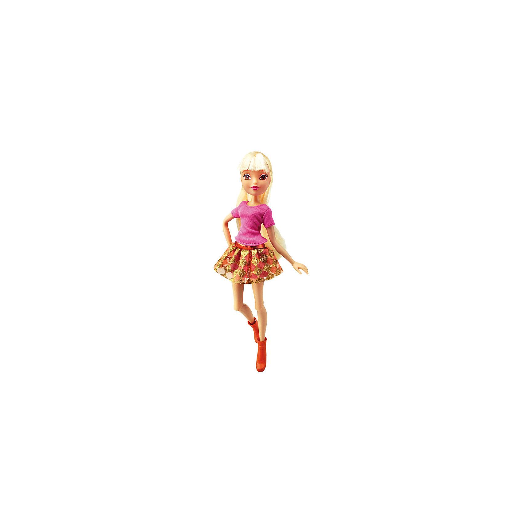 Кукла Городская магия - Стелла, Winx ClubКуклы<br>Характеристики товара:<br><br>• возраст: от 3 лет;<br>• материал: пластик, текстиль;<br>• в комплекте: кукла, наряд;<br>• высота куклы: 26 см;<br>• размер упаковки: 35х20х6 см;<br>• вес упаковки: 215 гр.;<br>• страна производитель: Китай.<br><br>Кукла Стелла «Городская магия» Winx Club создана по мотивам известного мультсериала «Клуб Винкс: Школа волшебниц» про очаровательных фей-волшебниц. Стелла — лучшая подруга главной героини Блум, с которой она любит смотреть комедии, устраивать вечеринки и ходить по магазинам.<br><br>У феи выразительные карие глаза и светлые волосы, которые можно расчесывать, заплетать и украшать. Одета Стелла в розовый топ, золотистую юбку и сапожки. У куклы несколько точек артикуляции. Руки сгибаются в локтях и плечах, ноги в бедрах и коленях.<br><br>Куклу Стеллу «Городская магия» Winx Club можно приобрести в нашем интернет-магазине.<br><br>Ширина мм: 190<br>Глубина мм: 320<br>Высота мм: 60<br>Вес г: 256<br>Возраст от месяцев: 36<br>Возраст до месяцев: 2147483647<br>Пол: Женский<br>Возраст: Детский<br>SKU: 5383946