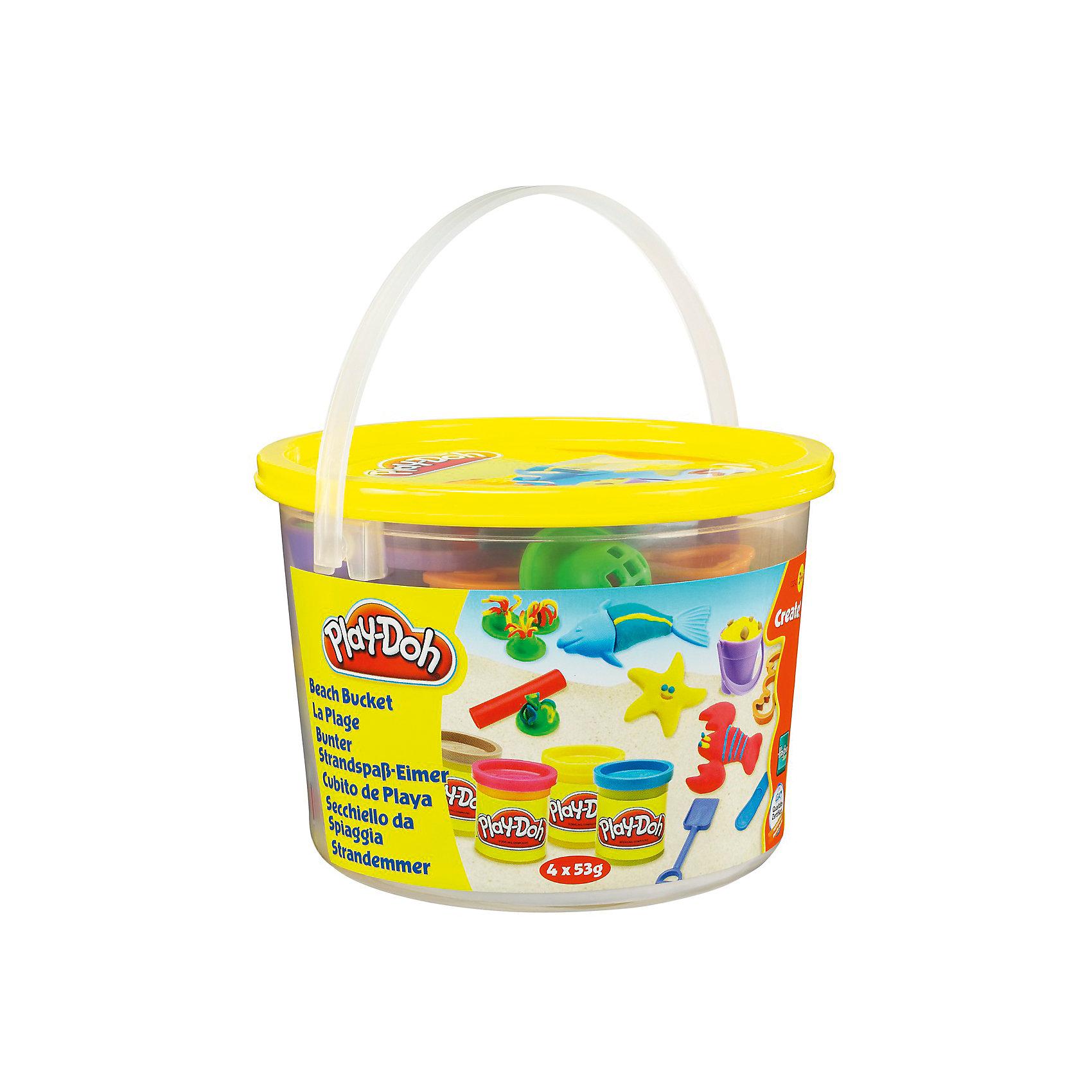 Мини-набор для лепки Play-Doh - ПляжНаборы для лепки<br>Игровой набор Ведерочко, Play-Doh<br><br>Характеристики:<br><br>- в набор входит: 4 цвета теста, 8 формочек, аксессуары, ведерко<br>- состав: вода, мука, соль, красители<br>- размер упаковки: 14,5 * 10 * 14,5 см.<br>- вес: 226 гр.<br>- для детей в возрасте: от 3 до 6 лет<br>- Страна производитель: Китай<br><br>Тесто для лепки Play-Doh (Плей-До) от известного американского производителя товаров для детей Hasbro (Хасбро) понравится детям, которые знакомятся с лепкой. Мягкое, безопасное, нетоксичное тесто состоит из натуральных компонентов, не прилипает к пальчикам и прекрасно смешивается между собой. Этот набор отличается своей оригинальной тематикой и понравится детишкам интересующимся животными и пляжем. <br><br>В удобном для хранения ведерке лежат четыре отдельные закрывающиеся  баночки с желтым, красным, синим и специальным песочным тестом. Песочное тесто выполнено по специальной технологии и наощупь напоминает мокрый песок с небольшими блестящими песчинками. Так же в набор входят разные интересные формочки, такие как: морская звезда, лобстер и рыбка состоящая из двух формочек. <br><br>Для творения морских шедевров в наборе имеется и небольшая круглая скалочка, лопатка с выемкой отпечатка следа, ведерко, пластиковый ножичек. 4 дополнительные формочки с выемками помогут вылепить необычные морские водоросли и растения. Цвета теста можно легко комбинировать между собой и смешивать, можно купить любое тесто для лепки Play-Doh (Плей-До) и оно сможет смешаться с тестом из набора. <br><br>Не рекомендуется хранить тесто для лепки на открытом воздухе. Работа с тестом для лепки помогает развить моторику ручек, внимание, творческие способности, тактильное и цветовое восприятие, поможет научиться смешивать цвета и добиться аккуратности в работе с формочками. <br><br>Игровой набор Ведерочко, Play-Doh можно купить в нашем интернет-магазине.<br><br>Ширина мм: 145<br>Глубина мм: 145<br>Высота мм: 105<br>Вес г: 372<br>Возраст
