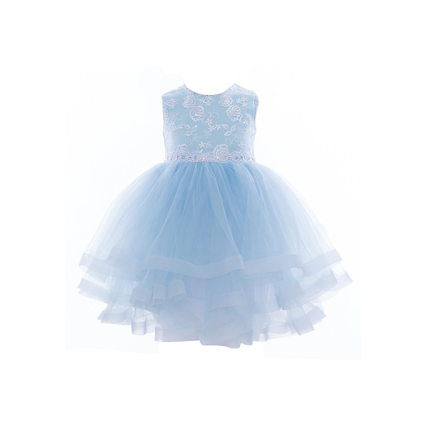 Платье нарядное для девочки ПрестижОдежда<br>Характеристики:<br><br>• Вид детской и подростковой одежды: платье<br>• Предназначение: праздничная<br>• Коллекция: Veronikaiko<br>• Сезон: круглый год<br>• Тематика рисунка: цветы<br>• Цвет: голубой, белый<br>• Материал: 100% полиэстер<br>• Силуэт: А-силуэт<br>• Юбка: солнце<br>• Рукав: без рукава<br>• Вырез горловины: круглый<br>• Длина платья: миди<br>• Застежка: молния на спинке<br>• Особенности ухода: ручная стирка при температуре не более 30 градусов<br><br>Платье нарядное для девочки Престиж от отечественного производителя праздничной одежды и аксессуаров как для взрослых, так и для детей. Изделие выполнено из 100% полиэстера, который обладает легкостью, прочностью, устойчивостью к износу и пятнам. <br><br>Платье отрезное по талии, имеет классический А-силуэт. Круглая горловина декорирована бусинами и стразами. Платье выполнено в нежном дизайне: верх платья оформлен вышитыми букетиками белых цветов и многоярусная фатиновая юбка придают изделию особую воздушность и легкость. <br><br>Платье нарядное для девочки Престиж – это неповторимый стиль вашей девочки на любом торжестве!<br><br>Платье нарядное для девочки Престиж можно купить в нашем интернет-магазине.<br><br>Ширина мм: 236<br>Глубина мм: 16<br>Высота мм: 184<br>Вес г: 177<br>Цвет: голубой<br>Возраст от месяцев: 36<br>Возраст до месяцев: 48<br>Пол: Женский<br>Возраст: Детский<br>Размер: 104,116,110<br>SKU: 5387684