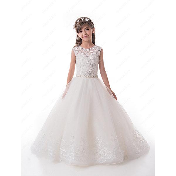 Платье нарядное для девочки ПрестижОдежда<br>Характеристики:<br><br>• Вид детской и подростковой одежды: платье<br>• Предназначение: праздничная<br>• Платье подходит для занятий бальными танцами.<br>• Коллекция: Trinity bride<br>• Сезон: круглый год<br>• Тематика рисунка: цветы<br>• Цвет: молочный, белый<br>• Материал: 100% полиэстер<br>• Силуэт: А-силуэт<br>• Юбка: со шлейфом<br>• Рукав: без рукава<br>• Вырез горловины: круглый<br>• Длина платья: длинное со шлейфом<br>• В комплекте предусмотрен пояс-бант<br>• Застежка: молния на спинке и шнуровка у корсета<br>• Особенности ухода: ручная стирка при температуре не более 30 градусов<br><br>Платье нарядное для девочки Престиж от отечественного производителя праздничной одежды и аксессуаров как для взрослых, так и для детей. Изделие выполнено из 100% полиэстера, который обладает легкостью, прочностью, устойчивостью к износу и пятнам. <br><br>Платье отрезное по талии, имеет классический А-силуэт и круглую горловину. Верх платья, представляющий собой корсет, имеет застежку-молнию и шнуровку на спинке, что обеспечивает хорошую посадку платья по фигуре. Классический стиль платья дополнен эффектными деталями и декором. Кружевной верх и вышитый цветочный орнамент по подолу и шлейфу пышной юбки, придают изделию особую изысканность и очарование. Пояс-бант, расшитый спереди стразами создает эффект мягкого мерцания и законченность торжественного образа. <br><br>Платье нарядное для девочки Престиж – это неповторимый стиль вашей девочки на любом торжестве!<br><br>Платье нарядное для девочки Престиж можно купить в нашем интернет-магазине.<br><br>Ширина мм: 236<br>Глубина мм: 16<br>Высота мм: 184<br>Вес г: 177<br>Цвет: белый<br>Возраст от месяцев: 60<br>Возраст до месяцев: 72<br>Пол: Женский<br>Возраст: Детский<br>Размер: 116,128,122<br>SKU: 5387741