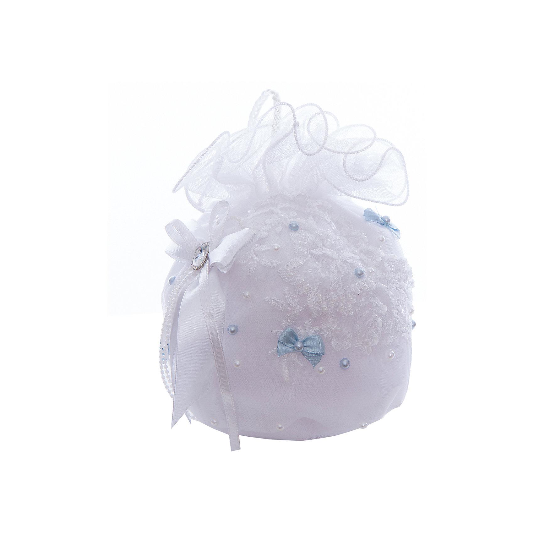 Сумочка для девочки ПрестижАксессуары<br>Характеристики:<br><br>• Вид аксессуара: сумочка<br>• Пол: для девочки<br>• Предназначение: вечерняя<br>• Коллекция: IP<br>• Сезон: круглый год<br>• Цвет: белый, голубой<br>• Материал: текстиль, кружево, фатин<br>• Особенности ухода: сухая чистка<br><br>Сумочка для девочки Престиж от отечественного производителя, который специализируется на выпуске праздничной одежды и аксессуаров как для взрослых, так и для детей. Изделие выполнено из сочетания текстиля, фатина, атласных лент. Все материалы хорошо держат и сохраняют форму, не вызывают аллергических реакций. У сумочки предусмотрена ручка. Декорирована стразами и бусинами.<br><br>Сумочка для девочки Престиж не только дополнит праздничный образ юной леди, но и сделает его изысканным и стильным!<br><br>Сумочку для девочки Престиж можно купить в нашем интернет-магазине.<br><br>Ширина мм: 170<br>Глубина мм: 157<br>Высота мм: 67<br>Вес г: 117<br>Цвет: голубой<br>Возраст от месяцев: 60<br>Возраст до месяцев: 168<br>Пол: Женский<br>Возраст: Детский<br>Размер: one size<br>SKU: 5387791
