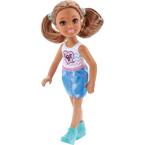 Кукла-Челси, BarbieКуклы<br>Характеристики товара:<br><br>• комплектация: 1 кукла, одежда, аксессуар<br>• материал: пластик, полимер, текстиль<br>• подвижные части тела<br>• высота куклы: 13,5 см<br>• длинные волосы<br>• возраст: от трех лет<br>• размер упаковки: 16х9х4 см<br>• вес: 0,3 кг<br>• страна бренда: США<br><br>Маленьких любительниц куклы Barbie наверняка порадует малышка Челси в новом образе. Она выглядит очаровательно в ярком наряде. Длинные волосы позволяют делать разнообразные прически! Кукла дополнена аксессуаром, чтобы игры с ней стали разнообразнее. Эта Челси станет великолепным подарком для девочек!<br><br>Игры с куклами помогают развить у девочек вкус и чувство стиля, отработать сценарии поведения в обществе, развить воображение и мелкую моторику. Такую куклу удобно брать с собой в поездки и на прогулки. Маленькая Челси от бренда Mattel не перестает быть популярной! <br><br>Куклу Челси, Barbie, от компании Mattel можно купить в нашем интернет-магазине.<br><br>Ширина мм: 90<br>Глубина мм: 40<br>Высота мм: 160<br>Вес г: 73<br>Возраст от месяцев: 36<br>Возраст до месяцев: 120<br>Пол: Женский<br>Возраст: Детский<br>SKU: 5389670