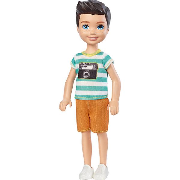 Кукла-Челси, BarbieBarbie<br>Характеристики товара:<br><br>• комплектация: 1 кукла, одежда<br>• материал: пластик, текстиль<br>• подвижные части тела<br>• высота куклы: 13,5 см<br>• длинные волосы<br>• возраст: от трех лет<br>• размер упаковки: 10х6х4 см<br>• вес: 0,3 кг<br>• страна бренда: США<br><br>Маленьких любительниц куклы Barbie наверняка порадует малыш Челси в новом образе. Он выглядит очаровательно в ярком наряде. Такая кукла поможет разнообразить компанию девочек-Челси. Она станет великолепным подарком для девочек!<br><br>Игры с куклами помогают развить у девочек вкус и чувство стиля, отработать сценарии поведения в обществе, развить воображение и мелкую моторику. Такую куклу удобно брать с собой в поездки и на прогулки. Маленькая Челси от бренда Mattel не перестает быть популярной! <br><br>Куклу Челси, Barbie, от компании Mattel можно купить в нашем интернет-магазине.<br><br>Ширина мм: 90<br>Глубина мм: 40<br>Высота мм: 160<br>Вес г: 73<br>Возраст от месяцев: 36<br>Возраст до месяцев: 120<br>Пол: Женский<br>Возраст: Детский<br>SKU: 5389675