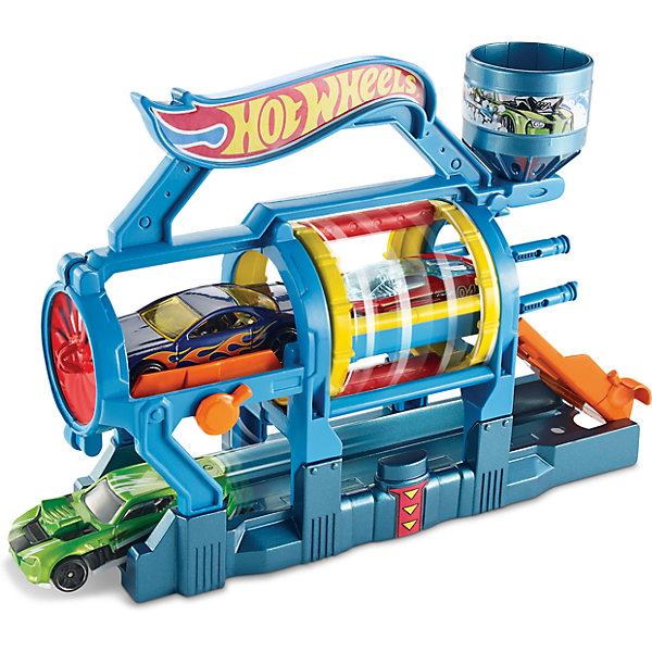 Трансформирующийся игровой набор Turbo Jet Car Wash, Hot WheelsМашинки<br>Характеристики товара:<br><br>• материал: пластик, металл<br>• комплектация: 1 машинка, автомойка<br>• хорошая детализация<br>• совместимы с игровыми наборами Hot Wheels<br>• возраст: от 4 лет<br>• размер упаковки: 20х18х5 см<br>• упаковка: блистер на картоне<br>• страна бренда: США<br><br>Играть с машинками обожает множество современных мальчишек. Сделать ребенку желанный подарок легко - приобретите такой набор Turbo Jet Car Wash от бренда Hot Wheels! В него входит машинка и автомойка, где можно приводить машину в порядок после гонок.<br><br>Эти игрушки от Mattel отлично проработаны. Они отличаются безопасными материалами и высокой степенью детализации. С таким набором можно придумать множество игр! Параллельно ребенок будет развивать фантазию, пространственное мышление и мелкую моторику.<br><br>Трансформирующийся игровой набор Turbo Jet Car Wash, Hot Wheels, от компании Mattel можно купить в нашем интернет-магазине.<br><br>Ширина мм: 205<br>Глубина мм: 65<br>Высота мм: 190<br>Вес г: 322<br>Возраст от месяцев: 48<br>Возраст до месяцев: 120<br>Пол: Мужской<br>Возраст: Детский<br>SKU: 5389679