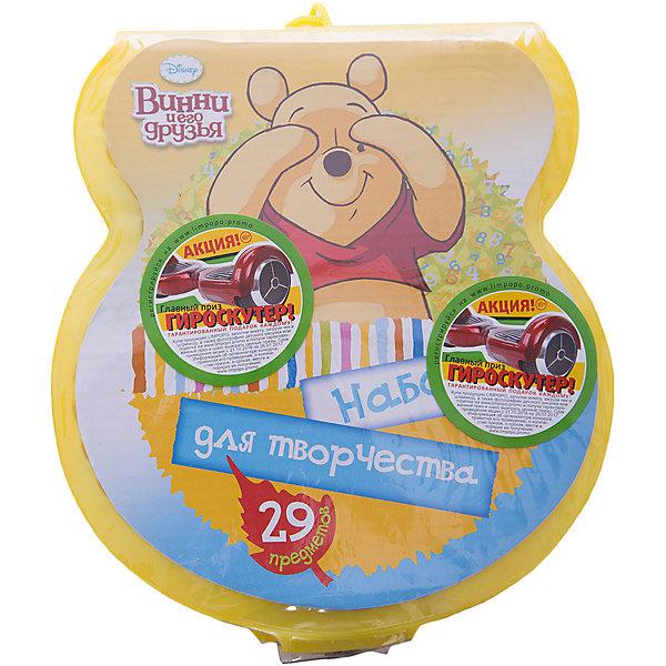 Подарочный набор Disney Винни Пух 29 предметовШкольные аксессуары<br>Подарочный набор Disney Винни Пух 29 предметов, Limpopo (Лимпопо)<br><br>Характеристики:<br><br>• набор поможет развить ребенку фантазию<br>• в комплекте есть всё необходимое для создания рисунков<br>• привлекательный дизайн с любимым персонажем<br>• в комплекте: 6 фломастеров, 4 карандаша, краски (5 цветов), 4 восковых мелка, 4 пластиковых мелка, палитра, ластик, точилка, блокнот<br>• размер упаковки: 19х5х21 см<br>• вес: 229грамм<br><br>Рисовать очень весело, особенно когда под рукой есть всё необходимое! В набор Disney Винни Пух входят мелки, краски, карандаши и многое другое. Все предметы находятся в удобной упаковке с изображением Винни-Пуха. Палитра научит ребенка создавать новые цвета путем смешивания разных цветов. Компактный размер набора позволит взять его в дорогу, в поликлинику или в гости. Озорной Винни-Пух поможет ребёнку создать самые восхитительные шедевры и весело провести время!<br><br>Подарочный набор Disney Винни Пух 29 предметов, Limpopo (Лимпопо) можно купить в нашем интернет-магазине.<br><br>Ширина мм: 210<br>Глубина мм: 50<br>Высота мм: 190<br>Вес г: 229<br>Возраст от месяцев: 48<br>Возраст до месяцев: 144<br>Пол: Унисекс<br>Возраст: Детский<br>SKU: 5390296