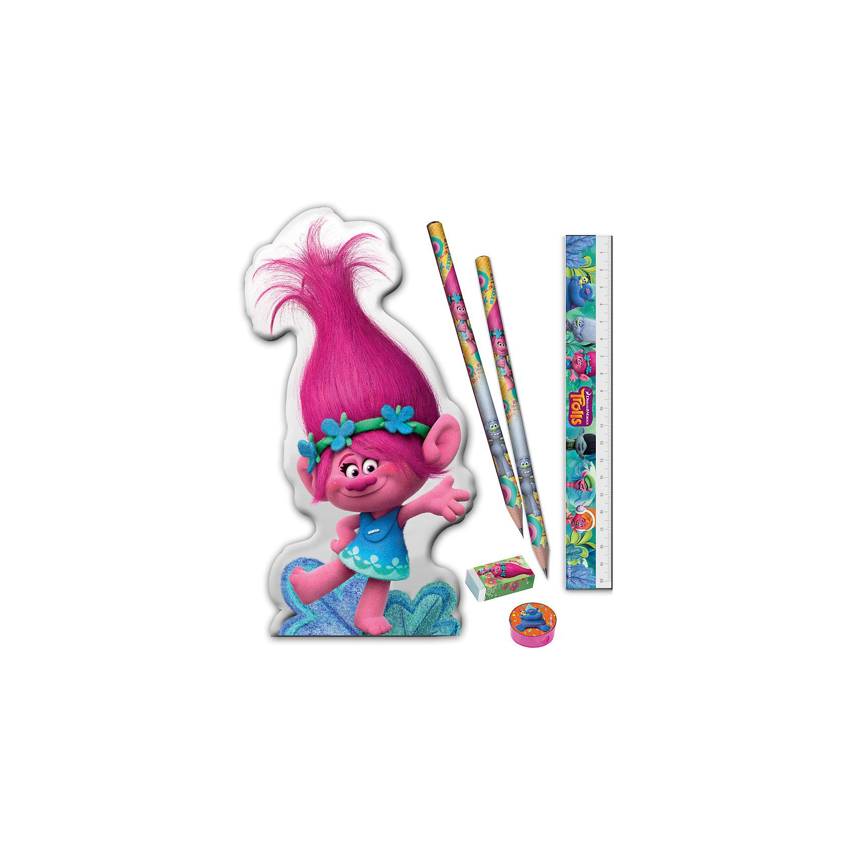 Канцелярский набор ТроллиШкольные аксессуары<br>Канцелярский набор Тролли, Limpopo (Лимпопо)<br><br>Характеристики:<br><br>• PVC-упаковка в виде сумочки<br>• яркий дизайн с героями мультфильма<br>• подарочная упаковка<br>• в комплекте: 2 ч/г карандаша, линейка, точилка, ластик, сумочка<br>• размер упаковки: 21х2х20,5 см<br>•вес: 50 грамм<br><br>Жизнерадостная Розочка знакома каждому поклоннику мультфильма Тролли. Сумочка с ее изображением станет прекрасным подарком для вашего ребенка. Внутри сумочки находятся два чернографитовых карандаша, линейка, ластик и точилка. Все эти принадлежности пригодятся ребенку на занятиях. А с веселыми троллями учиться еще интереснее!<br><br>Канцелярский набор Тролли, Limpopo (Лимпопо) можно купить в нашем интернет-магазине.<br><br>Ширина мм: 205<br>Глубина мм: 20<br>Высота мм: 210<br>Вес г: 50<br>Возраст от месяцев: 48<br>Возраст до месяцев: 144<br>Пол: Унисекс<br>Возраст: Детский<br>SKU: 5390301