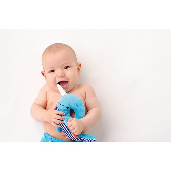 Погремушка Кит, Zoocchini, синийИгрушки для новорожденных<br>Погремушка Кит, Zoocchini, синий.<br><br>Характеристики:<br><br>- Материал: полиэстер<br>- Цвет: синий<br>- Длина игрушки: 20 см.<br><br>Мягкая, приятная на ощупь погремушка в виде забавного кита заставит вашего ребёнка улыбаться! Яркий цвет, приятный звук погремушки будут способствовать развитию слухового и цветового восприятия, мелкой моторики рук и концентрации внимания малыша. Погремушка Кит составит прекрасную пару одеялу с игрушкой Zoocchini.<br><br>Погремушку Кит, Zoocchini, синюю можно купить в нашем интернет-магазине.<br>Ширина мм: 120; Глубина мм: 75; Высота мм: 205; Вес г: 72; Возраст от месяцев: 0; Возраст до месяцев: 12; Пол: Унисекс; Возраст: Детский; SKU: 5392935;