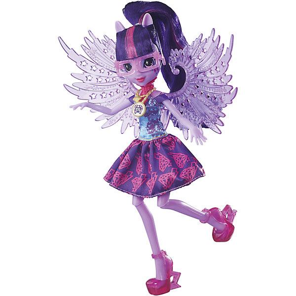 Кукла Эквестрия Герлз Легенды вечнозеленого леса Crystal Wings - Твайлайт СпарклИгрушки<br>Кукла делюкс Легенда Вечнозеленого леса, с аксессуарами, Эквестрия герлз (Equestria Girls), B6479/B7535.<br><br>Характеристика: <br><br>• Материал: пластик. <br>• Размер куклы: 22 см. <br>• В комплекте кукла в одежде и обуви. <br>• Отличная детализация. <br>• Голова, руки, ноги подвижные (9 точек артикуляции). <br>• Реалистичные позы. <br>• Специальный код, с помощью которого можно разблокировать новые наряды и аксессуары в мобильном приложения MY LITTLE PONY EQUESTRIA GIRLS.<br><br>Очаровательные девочки Эквестрии приведут в восторг всех поклонниц My little Pony (Май литл Пони)! Сумеречная Искорка имеет нежно-фиолетовую кожу и ярко-фиолетовые волосы с розовой прядью. Стильная обувь, аксессуары и оригинальный наряд с прозрачными крыльями делают девочку просто неотразимой! Множество точек артикуляции и отличная детализация делают игры с куклой еще увлекательнее и интереснее. <br><br>Собери всех кукол коллекции, проигрывай любимые сюжеты, придумывай свои новые истории или устрой веселую вечеринку в стиле My little Pony (Моя маленькая Пони). <br><br>Куклу делюкс Легенда Вечнозеленого леса, с аксессуарами, Эквестрия герлз (Equestria Girls), B6479/B7535, можно купить в нашем интернет-магазине.<br>Ширина мм: 50; Глубина мм: 190; Высота мм: 305; Вес г: 290; Возраст от месяцев: 60; Возраст до месяцев: 144; Пол: Женский; Возраст: Детский; SKU: 5395775;