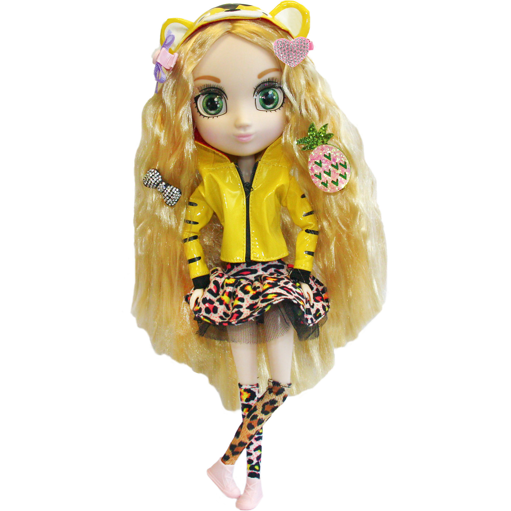 Кукла Кое, 33см, Шибадзуку ГерлзКукла Кое, 33см, Шибадзуку Герлз<br><br>Характеристики:<br><br>• модная кукла с реалистичными глазами<br>• длинные ресницы<br>• длинные густые волосы<br>• в комплекте: кукла, заколки, аксессуары<br>• высота куклы: 33 см<br>• материал: пластик, текстиль<br>• размер упаковки: 20,6х38,1х10,2 см<br>• вес: 600 грамм<br><br>Шибадзуку Герлз - куклы, поражающие своей красотой и реалистичностью. У них широкие глаза с пышными ресницами и длинные густые волосы. Руки и ноги кукол подвижны. Кое очень общительная и доброжелательная. Леопардовая юбочка и гетры отлично сочетаются с жёлтой курткой и ботиночками девочки. Золотистые волосы Кое украшены яркими блестящими заколочками. Вы можете придумать для куклы яркий неповторимый образ, создавая новую прическу с аксессуарами, которые входят в комплект.<br><br>Куклу Кое, 33см, Шибадзуку Герлз можно купить в нашем интернет-магазине.<br><br>Ширина мм: 102<br>Глубина мм: 381<br>Высота мм: 206<br>Вес г: 600<br>Возраст от месяцев: 36<br>Возраст до месяцев: 2147483647<br>Пол: Женский<br>Возраст: Детский<br>SKU: 5397315
