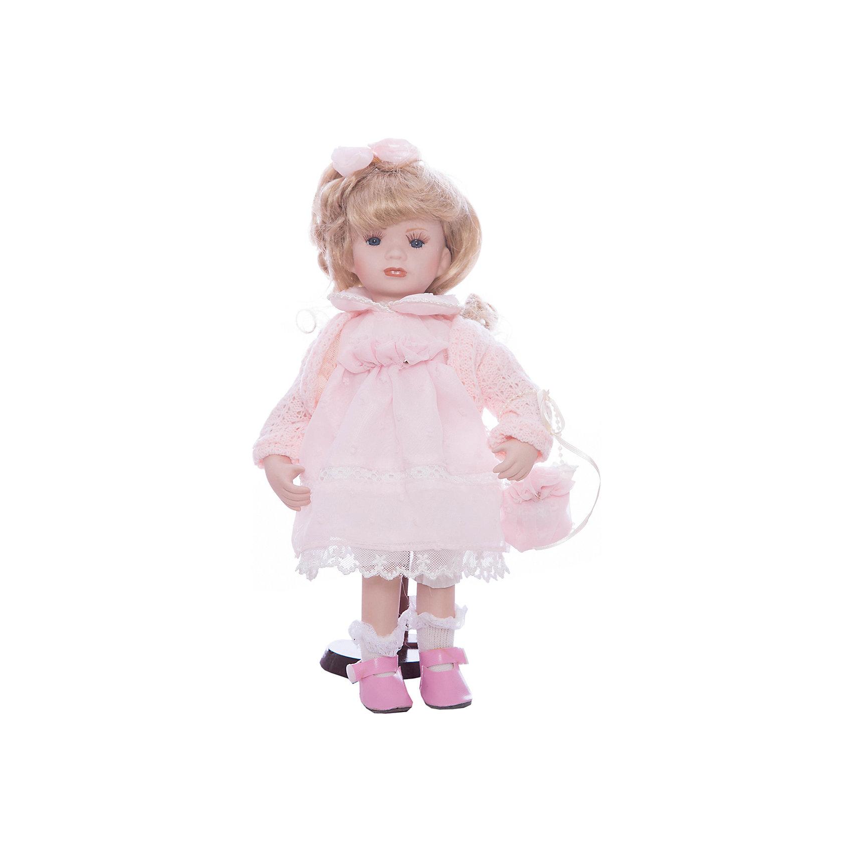 Фарфоровая кукла Ханна, Angel CollectionБренды кукол<br>Фарфоровая кукла Ханна, Angel Collection.<br><br>Характеристики:<br><br>• Высота куклы: 30,5 см.<br>• Материал: фарфор, текстиль<br>• Упаковка: картонная коробка блистерного типа<br><br>Фарфоровая кукла Ханна, Angel Collection представляет собой изящно выполненную куклу на подставке, выглядящую невероятно реалистично. Весь образ куклы тщательно продуман и детализирован. Кукла очаровывает с первого взгляда. У Ханны светлые волосы, собранные бантиком, большие глаза и ангельское кукольное личико. Одета кукла в прелестное платье с кружевные оборками, вязанную кофточку и туфельки, в руках - сумочка. <br><br>Фарфоровая красавица Ханна - это не просто игрушка, а также украшение для интерьера или ценный экспонат коллекции. Каждая кукла в серии Angel Collection, обладает неповторимым образом - принцессы, феи, маленькие девочки, роскошные невесты и т.д. Изысканные наряды и очаровательная матовость фарфора превращают этих кукол в настоящее произведение искусства. Куклы Angel Collection сделаны из уникальной голубой глины, добываемой только в провинции Tai-Nan Shin, Тайвань.<br><br>Фарфоровую куклу Ханна, Angel Collection можно купить в нашем интернет-магазине.<br><br>Ширина мм: 145<br>Глубина мм: 320<br>Высота мм: 95<br>Вес г: 667<br>Возраст от месяцев: 36<br>Возраст до месяцев: 2147483647<br>Пол: Женский<br>Возраст: Детский<br>SKU: 5400276