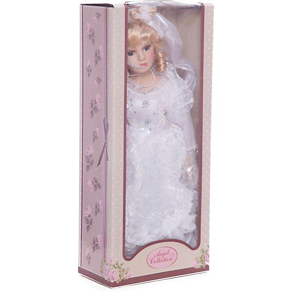 Фарфоровая кукла Кейт, Angel CollectionКуклы<br>Фарфоровая кукла Кейт, Angel Collection.<br><br>Характеристики:<br><br>• Высота куклы: 40,5 см.<br>• Материал: фарфор, текстиль<br>• Упаковка: картонная коробка блистерного типа<br><br>Фарфоровая кукла Кейт, Angel Collection - это прекрасная невеста в белоснежном туалете, ждущая красавца-жениха. Кукла очаровывает с первого взгляда. Весь образ куклы тщательно продуман и детализирован. У Кейт светлые волосы, уложенные в красивую прическу, большие глаза в обрамлении длинных густых ресничек и ангельское кукольное личико. Кукла установлена на специальную подставку. <br><br>Фарфоровая красавица Кейт - это не просто игрушка, а также украшение для интерьера или ценный экспонат коллекции. Каждая кукла в серии Angel Collection, обладает неповторимым образом - принцессы, феи, маленькие девочки, роскошные невесты и т.д. Изысканные наряды и очаровательная матовость фарфора превращают этих кукол в настоящее произведение искусства. Куклы Angel Collection сделаны из уникальной голубой глины, добываемой только в провинции Tai-Nan Shin, Тайвань.<br><br>Фарфоровую куклу Кейт, Angel Collection можно купить в нашем интернет-магазине.<br>Ширина мм: 190; Глубина мм: 430; Высота мм: 100; Вес г: 938; Возраст от месяцев: 36; Возраст до месяцев: 2147483647; Пол: Женский; Возраст: Детский; SKU: 5400279;