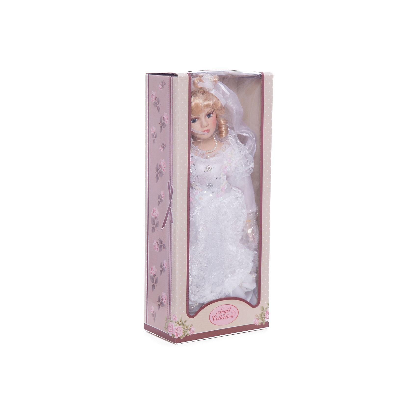 Фарфоровая кукла Кейт, Angel CollectionБренды кукол<br>Фарфоровая кукла Кейт, Angel Collection.<br><br>Характеристики:<br><br>• Высота куклы: 40,5 см.<br>• Материал: фарфор, текстиль<br>• Упаковка: картонная коробка блистерного типа<br><br>Фарфоровая кукла Кейт, Angel Collection - это прекрасная невеста в белоснежном туалете, ждущая красавца-жениха. Кукла очаровывает с первого взгляда. Весь образ куклы тщательно продуман и детализирован. У Кейт светлые волосы, уложенные в красивую прическу, большие глаза в обрамлении длинных густых ресничек и ангельское кукольное личико. Кукла установлена на специальную подставку. <br><br>Фарфоровая красавица Кейт - это не просто игрушка, а также украшение для интерьера или ценный экспонат коллекции. Каждая кукла в серии Angel Collection, обладает неповторимым образом - принцессы, феи, маленькие девочки, роскошные невесты и т.д. Изысканные наряды и очаровательная матовость фарфора превращают этих кукол в настоящее произведение искусства. Куклы Angel Collection сделаны из уникальной голубой глины, добываемой только в провинции Tai-Nan Shin, Тайвань.<br><br>Фарфоровую куклу Кейт, Angel Collection можно купить в нашем интернет-магазине.<br><br>Ширина мм: 190<br>Глубина мм: 430<br>Высота мм: 100<br>Вес г: 938<br>Возраст от месяцев: 36<br>Возраст до месяцев: 2147483647<br>Пол: Женский<br>Возраст: Детский<br>SKU: 5400279