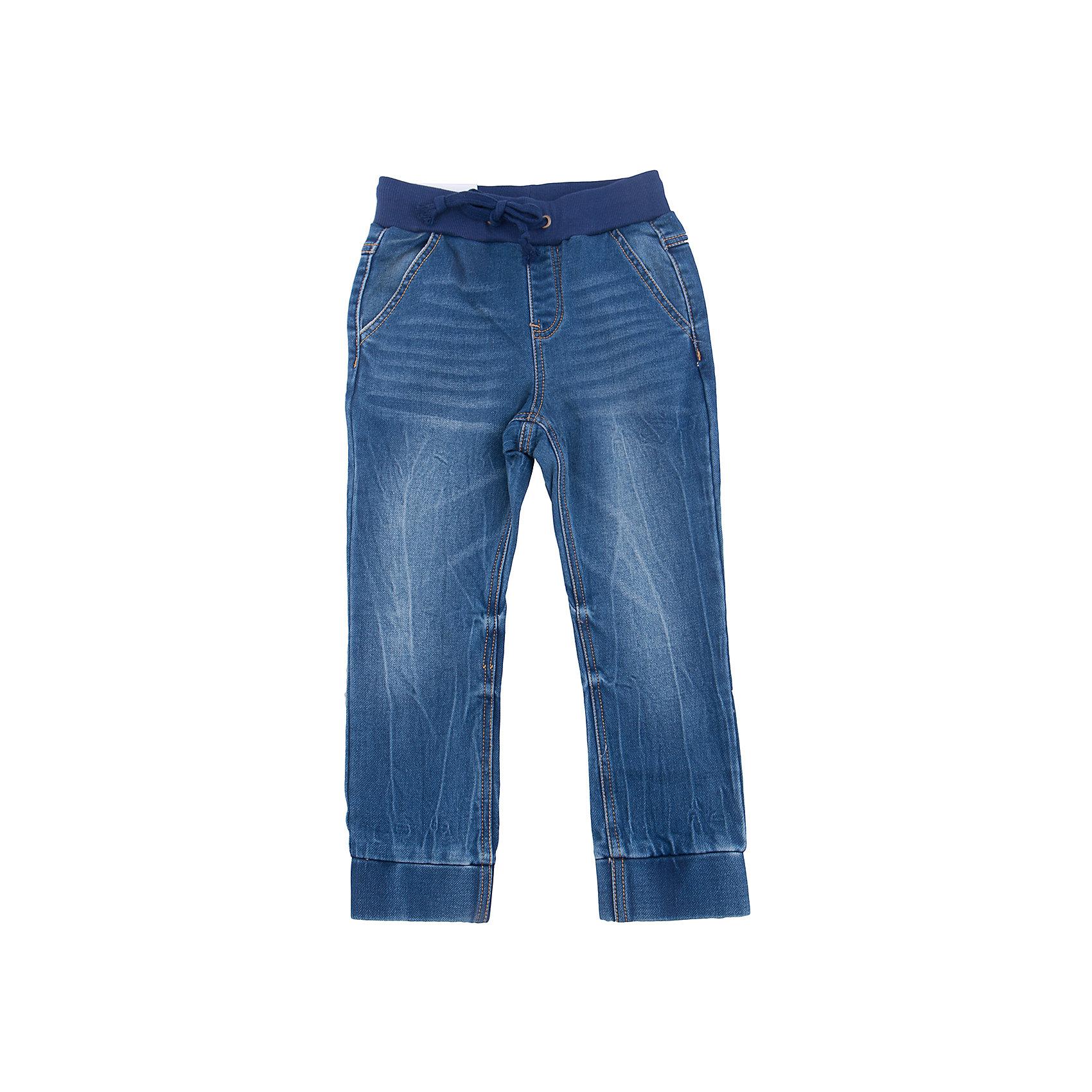 Брюки для мальчика PlayTodayБрюки для мальчика PlayToday<br>Практичные удобные брюки из джинсовой ткани с эффектом потертости и сжатым эффектом будут уместны в любом гардеробе. Мягкая резинка со шнуром - кулиской позволят регулировать брюки по фигуре. Плотные манжеты по низу брюк придают изделию оригинальность. Не сковывают движений ребенка. <br><br>Преимущества: <br><br>1 накладной и 2 прорезных кармана<br>Мягкая ткань не сковывает движения ребенка<br>Пояс на мягкой резинке со шнуром - кулиской<br><br>Состав:<br>78% хлопок, 20% полиэстер, 2% эластан<br><br>Ширина мм: 215<br>Глубина мм: 88<br>Высота мм: 191<br>Вес г: 336<br>Цвет: синий<br>Возраст от месяцев: 84<br>Возраст до месяцев: 96<br>Пол: Мужской<br>Возраст: Детский<br>Размер: 128,98,104,110,116,122<br>SKU: 5403193
