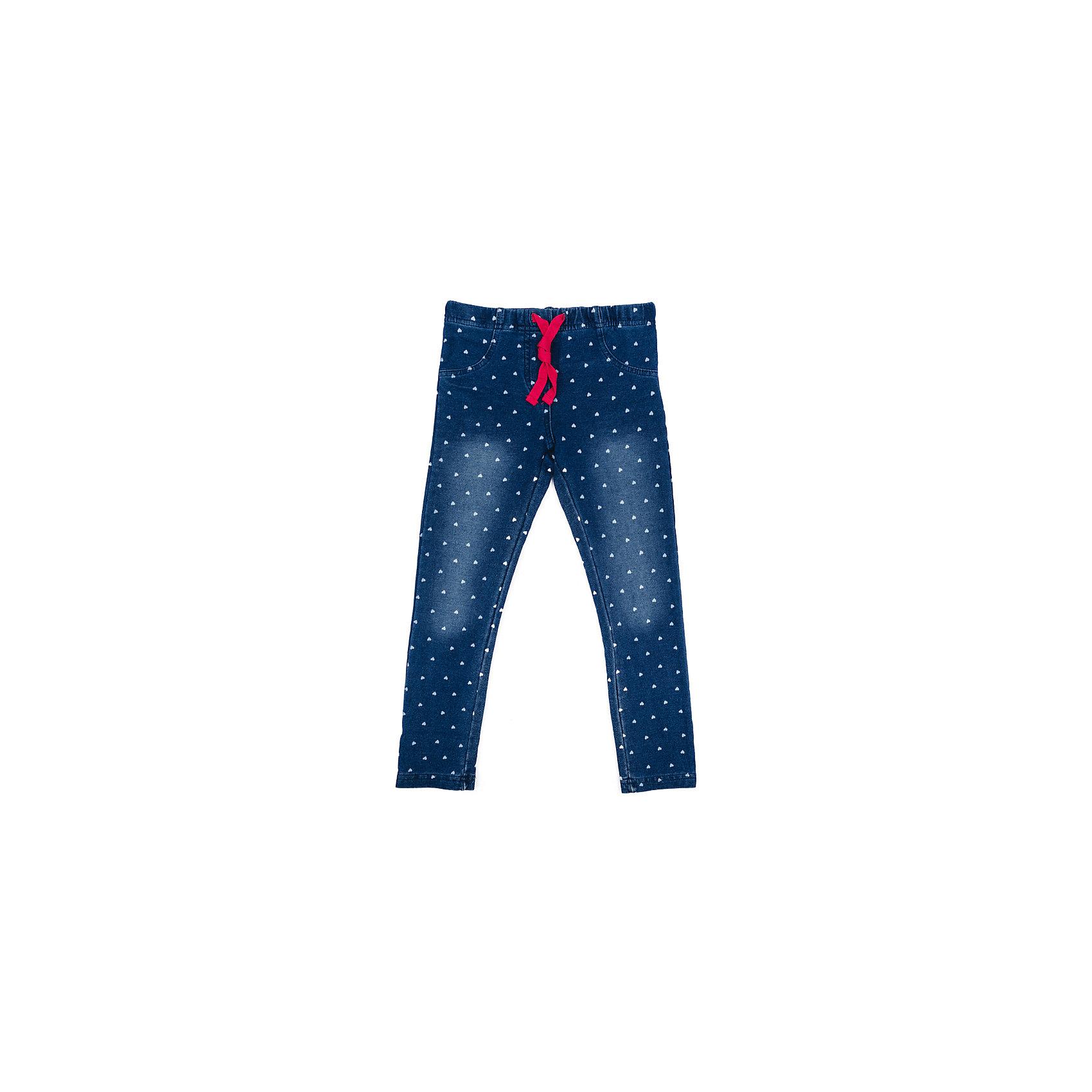 Джинсы для девочки PlayTodayДжинсы для девочки PlayToday<br>Брюки джинсы с эффектом потертости прекрасно подойдут Вашему ребенку для отдыха и прогулок. Модель на мягкой  резинке, дополнительно снабжена шнуром - кулиской, можно регулировать ширину брюк по талии. Мягкая ткань не сковывает движений ребенка.  Могут быть хорошей базовой вещью в детском гардеробе.  <br><br>Преимущества: <br><br>Брюки джинсы с эффектом потертости<br>Брюки со шнуром-кулиской на талии<br>Могут быть базовой вещью в детском гардеробе<br><br>Состав:<br>95% хлопок, 5% эластан<br><br>Ширина мм: 215<br>Глубина мм: 88<br>Высота мм: 191<br>Вес г: 336<br>Цвет: синий<br>Возраст от месяцев: 84<br>Возраст до месяцев: 96<br>Пол: Женский<br>Возраст: Детский<br>Размер: 128,98,104,110,116,122<br>SKU: 5403669