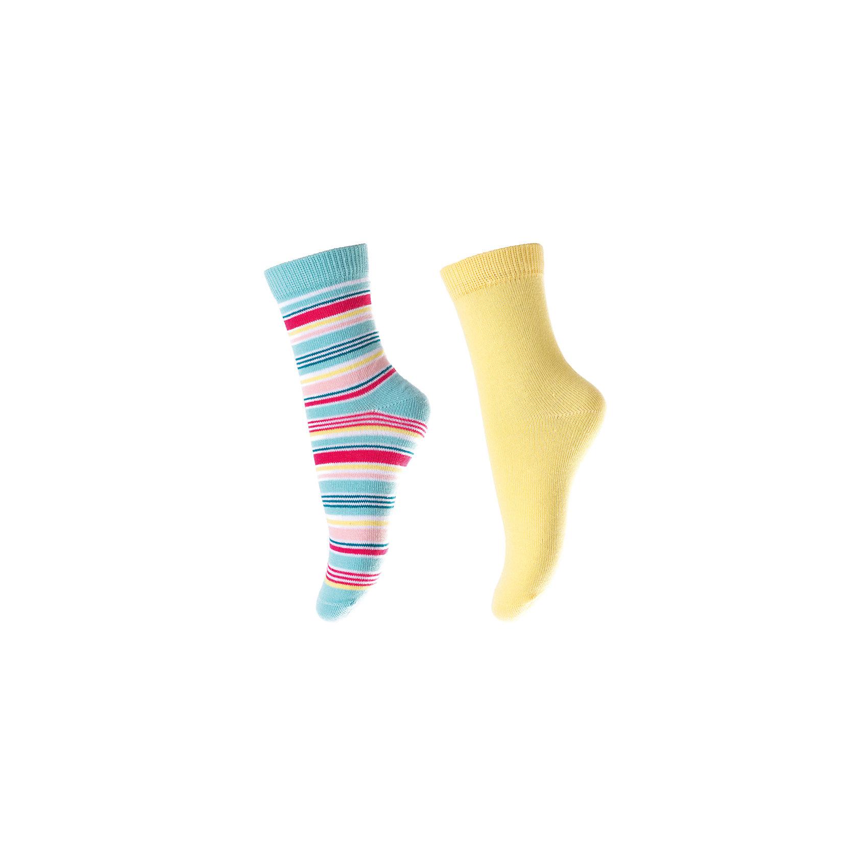 Носки для девочки PlayTodayНоски<br>Характеристики товара:<br><br>• цвет: разноцветный<br>• состав: 75% хлопок, 22% нейлон, 3% эластан<br>• долго служат<br>• качественный трикотаж<br>• дышащий материал<br>• мягкая резинка<br>• комфортная посадка<br>• коллекция: весна-лето 2017<br>• страна бренда: Германия<br>• страна производства: Китай<br><br>Популярный бренд PlayToday выпустил новую коллекцию! Вещи из неё продолжают радовать покупателей удобством, стильным дизайном и продуманным кроем. Дети носят их с удовольствием. PlayToday - это линейка товаров, созданная специально для детей. Дизайнеры учитывают новые веяния моды и потребности детей. Порадуйте ребенка обновкой от проверенного производителя!<br>Эти носки обеспечат ребенку комфорт благодаря качественному материалу и продуманному крою. Отличный вариант удобной одежды - не натирает и не давит, не ограничивает свободу движений! Выглядит стильно и аккуратно.<br><br>Носки для девочки от известного бренда PlayToday можно купить в нашем интернет-магазине.<br><br>Ширина мм: 87<br>Глубина мм: 10<br>Высота мм: 105<br>Вес г: 115<br>Цвет: белый<br>Возраст от месяцев: 84<br>Возраст до месяцев: 96<br>Пол: Женский<br>Возраст: Детский<br>Размер: 18,14,16<br>SKU: 5403776