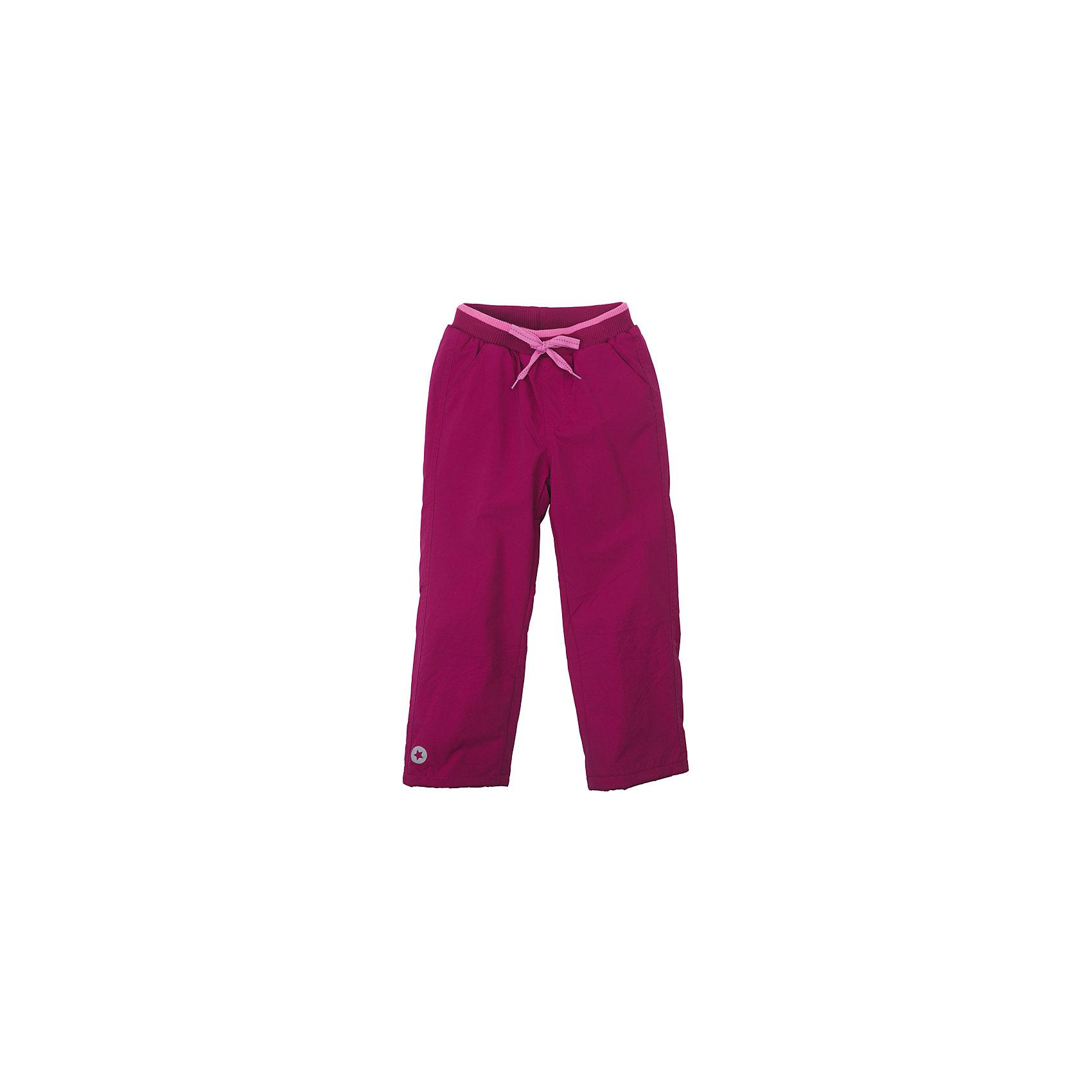 Брюки для девочки PlayTodayБрюки<br>Брюки для девочки PlayToday<br>Практичные брюки из ткани с водоотталкивающей пропиткой актуальное решение для детского гардероба. Брюки на мягкой трикотажной резинке прекрасно подойдут для прогулок в любую погоду. В случае, если брюки окажутся великоваты - их смело можно затянуть лентой, которая расположена по контуру пояса. Светоотражатель по нижней части брюк обеспечит безопасность Вашего ребенка - он будет виден в темное время суток.  <br><br>Преимущества: <br><br>Водоооталкивающая ткань<br>Мягкая трикотажная резинка на поясе <br>Светооражатель<br><br>Состав:<br>Верх: 100% нейлон, подкладка: 100% полиэстер<br><br>Ширина мм: 215<br>Глубина мм: 88<br>Высота мм: 191<br>Вес г: 336<br>Цвет: розовый<br>Возраст от месяцев: 84<br>Возраст до месяцев: 96<br>Пол: Женский<br>Возраст: Детский<br>Размер: 128,98,104,110,116,122<br>SKU: 5403795