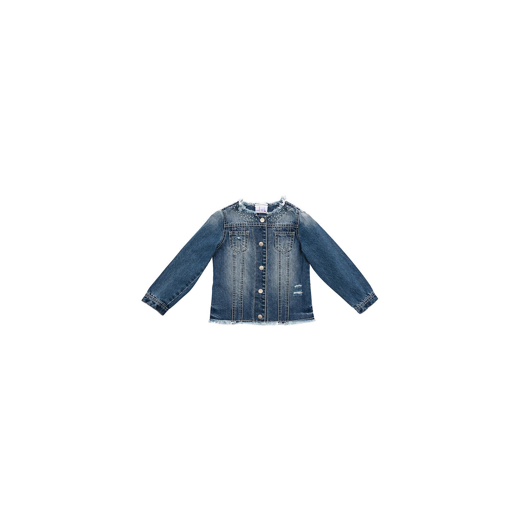 Куртка джинсовая для девочки PlayTodayДжинсовый бум<br>Куртка джинсовая для девочки PlayToday<br>Эффектная куртка из натуральной джинсы прекрасно подойдет для прогулок в прохладную погоду. Модель с эффектом потертости и металлическими клепками понравится Вашей моднице. Куртка на металлических пуговицах. Мягкая ткань не сковывает движений ребенка <br><br>Преимущества: <br><br>Мягкая ткань не сковывает движений ребенка<br>Модель с эффектом потертости и металлическими клепками<br>Куртка на металлических пуговицах<br><br><br>Состав:<br>100% хлопок<br><br>Ширина мм: 356<br>Глубина мм: 10<br>Высота мм: 245<br>Вес г: 519<br>Цвет: синий<br>Возраст от месяцев: 84<br>Возраст до месяцев: 96<br>Пол: Женский<br>Возраст: Детский<br>Размер: 128,98,104,110,116,122<br>SKU: 5404244
