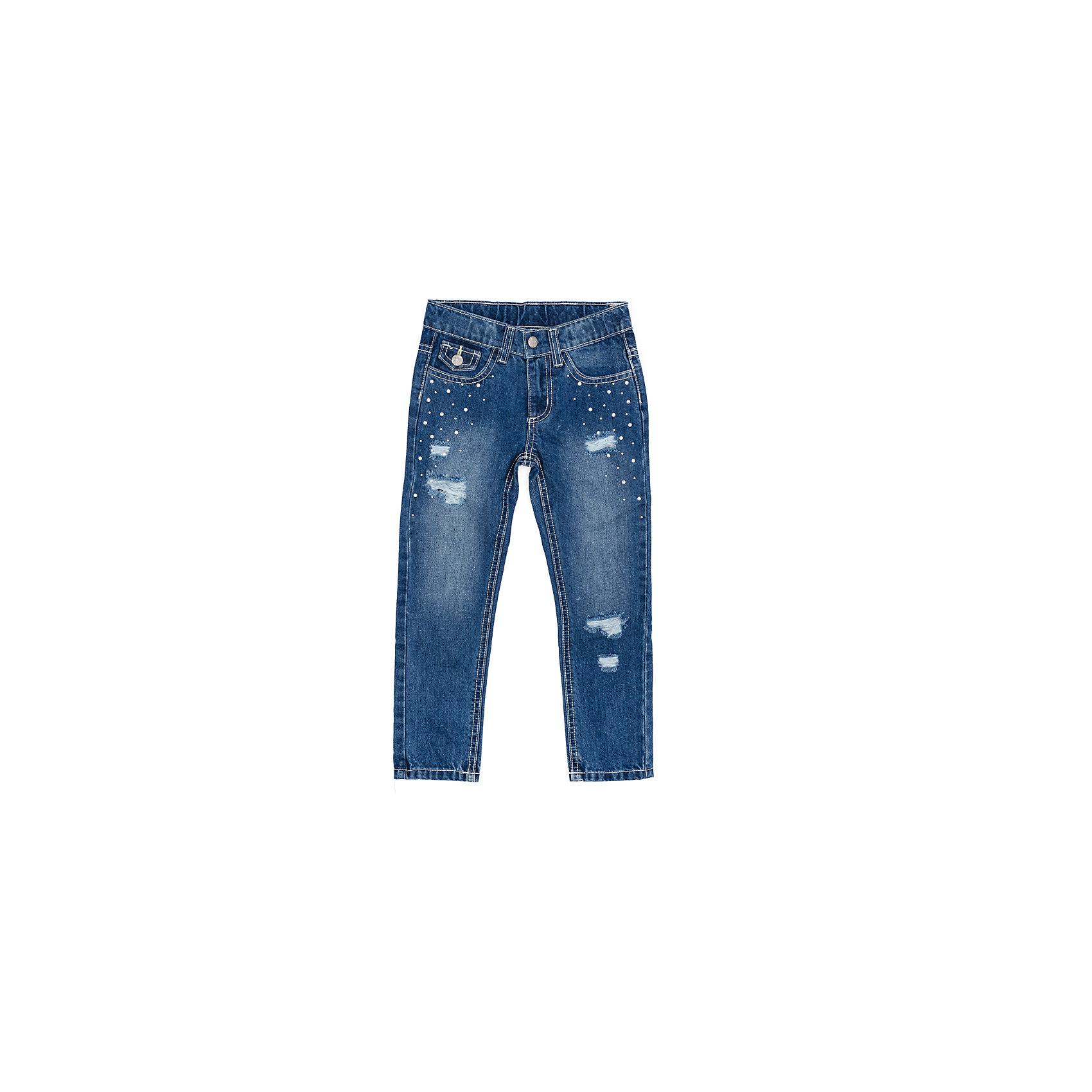 Джинсы для девочки PlayTodayДжинсовая одежда<br>Джинсы для девочки PlayToday<br>Эффектные брюки из джинсовой ткани понравятся Вашей моднице. Модель с эффектом потертости и металлическими клепками. Шлевки на поясе позволяют использовать ремень. Мягкая ткань, приятная на ощупь не сковывает движений ребенка. <br><br>Преимущества: <br><br>Мягкая ткань не сковывает движений ребенка<br>Модель со шлевками для ремня<br>Модель с эффектом потертости с металлическими клепками<br><br><br>Состав:<br>100% хлопок<br><br>Ширина мм: 215<br>Глубина мм: 88<br>Высота мм: 191<br>Вес г: 336<br>Цвет: синий<br>Возраст от месяцев: 84<br>Возраст до месяцев: 96<br>Пол: Женский<br>Возраст: Детский<br>Размер: 128,98,104,110,116,122<br>SKU: 5404251