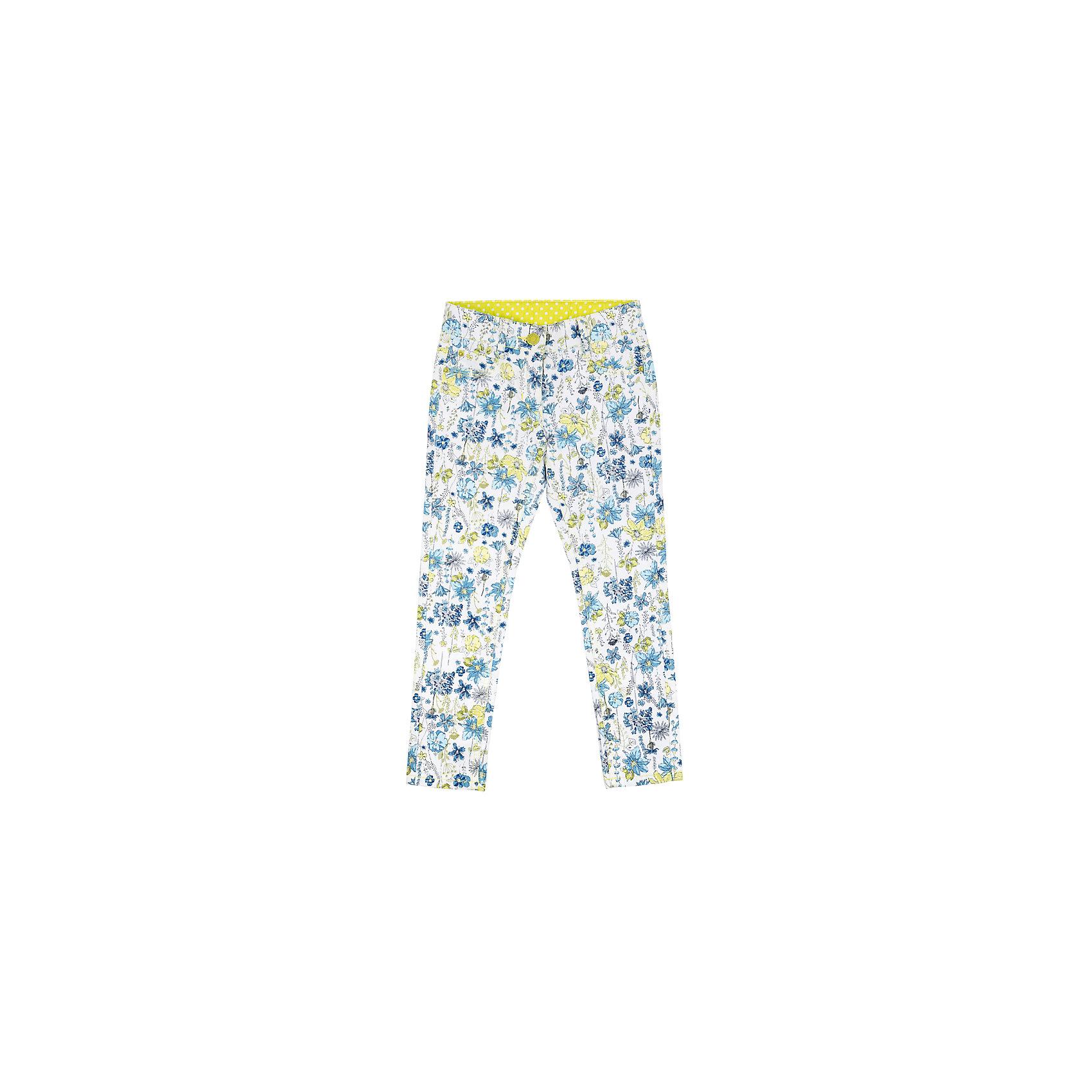 Брюки для девочки PlayTodayСицилия<br>Характеристики товара:<br><br>• цвет: разноцветный<br>• состав: 65% хлопок, 32% полиэстер, 3% эластан<br>• качественный материал<br>• принт<br>• карманы <br>• шлевки<br>• комфортная посадка<br>• коллекция: весна-лето 2017<br>• страна бренда: Германия<br>• страна производства: Китай<br><br>Популярный бренд PlayToday выпустил новую коллекцию! Вещи из неё продолжают радовать покупателей удобством, стильным дизайном и продуманным кроем. Дети носят их с удовольствием. PlayToday - это линейка товаров, созданная специально для детей. Дизайнеры учитывают новые веяния моды и потребности детей. Порадуйте ребенка обновкой от проверенного производителя!<br>Эта модель обеспечит ребенку комфорт благодаря качественному материалу и удобному крою. С её помощью можно сделать интересный акцент в образе, дополнить наряд и одеться по погоде. Очень модная вещь! Выглядит стильно и аккуратно.<br><br>Брюки для девочки от известного бренда Scool можно купить в нашем интернет-магазине.<br><br>Ширина мм: 215<br>Глубина мм: 88<br>Высота мм: 191<br>Вес г: 336<br>Цвет: белый<br>Возраст от месяцев: 24<br>Возраст до месяцев: 36<br>Пол: Женский<br>Возраст: Детский<br>Размер: 98,128,122,116,110,104<br>SKU: 5404265