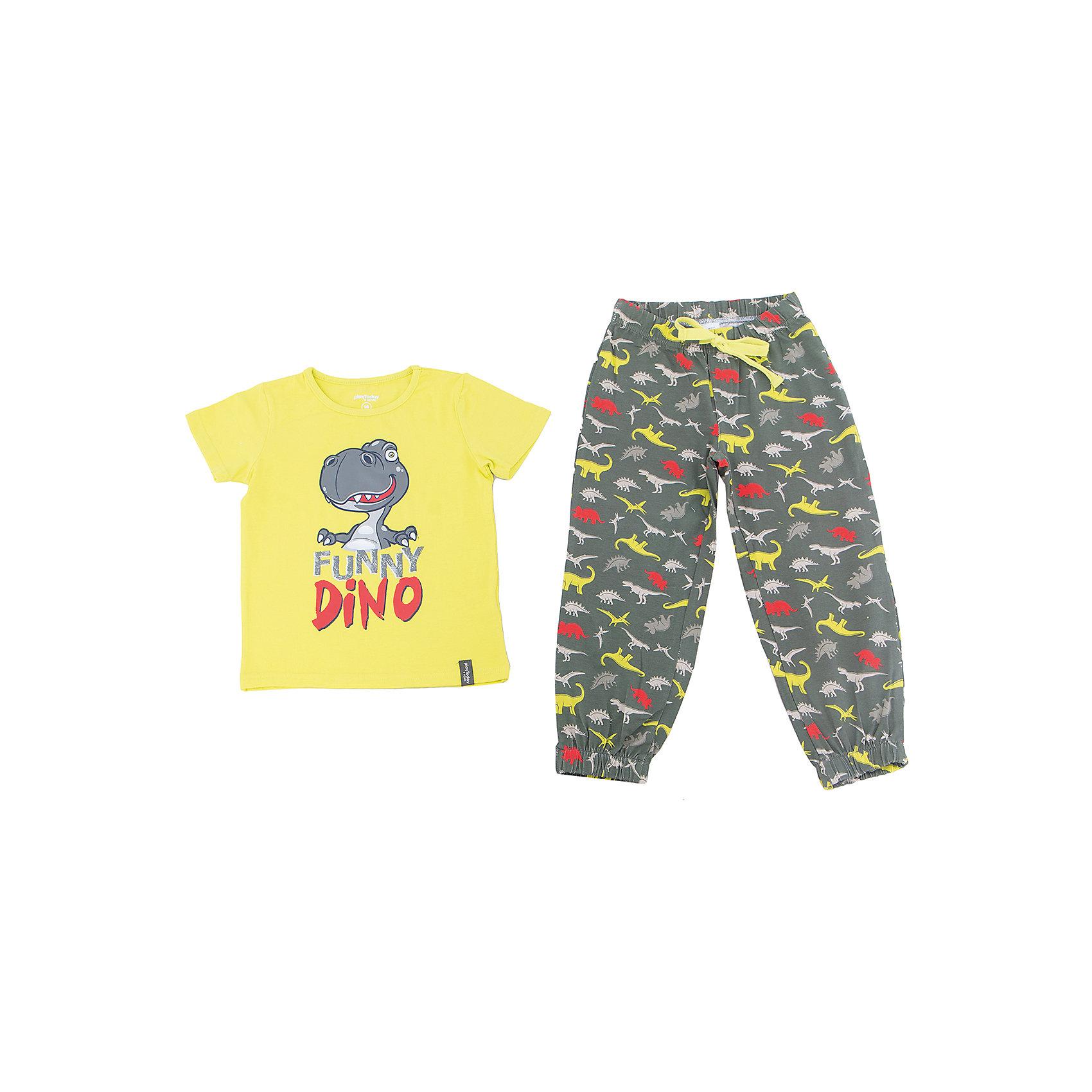 Комплект для мальчика PlayTodayКомплект для мальчика PlayToday<br>Комплект из футболки и брюк прекрасно подойдет для домашнего использования. Мягкий, приятный к телу, материал не сковывает движений. Яркий стильный  принт является достойным украшением данного изделия. Брюки на мягкой удобной резинке на поясе и на штанинах, с регулируемым шнуром - кулиской на поясе.Преимущества: Свободный классический крой не сковывает движения ребенкаПодходит в качестве базовой вещи для повседневного гардеробаЯркий стильный  принт<br>Состав:<br>95% хлопок, 5% эластан<br><br>Ширина мм: 199<br>Глубина мм: 10<br>Высота мм: 161<br>Вес г: 151<br>Цвет: разноцветный<br>Возраст от месяцев: 84<br>Возраст до месяцев: 96<br>Пол: Мужской<br>Возраст: Детский<br>Размер: 128,98,104,110,116,122<br>SKU: 5404756