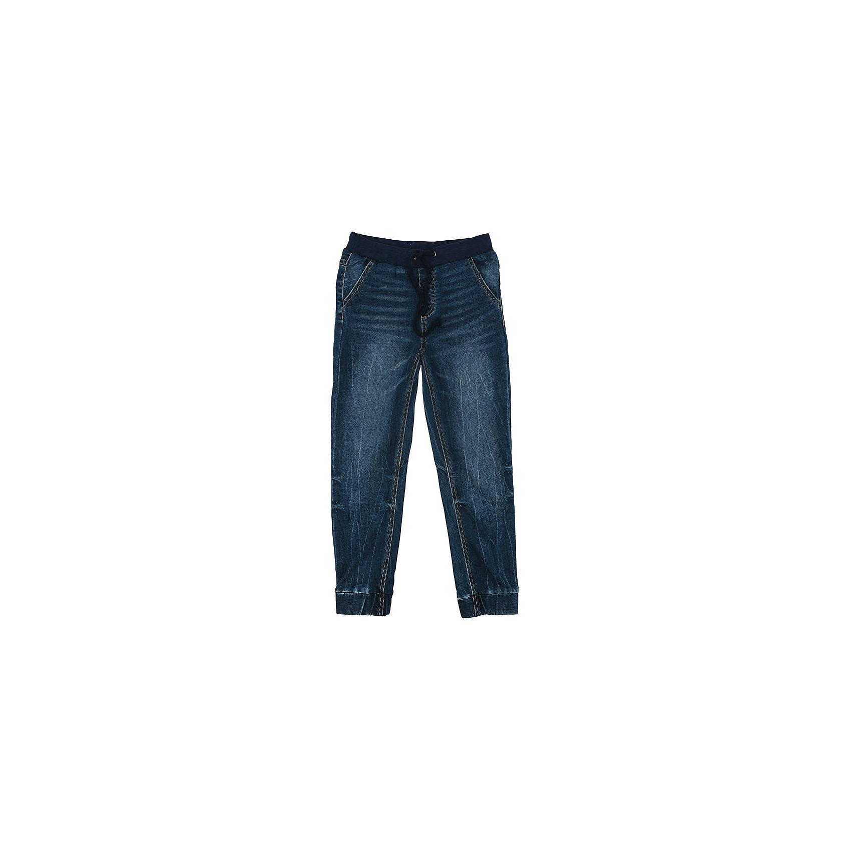 Джинсы для мальчика ScoolДжинсы для мальчика Scool<br>Джинсы джинсы из натуральной ткани с эффектом потертости прекрасно подойдут Вашему ребенку для отдыха и прогулок. Модель на широкой резинке, дополнительно снабжена регулируемым шнуром - кулиской на поясе. Мягкая ткань не сковывает движений ребенка.  Могут быть хорошей базовой вещью в детском гардеробе.<br>Состав:<br>78% хлопок, 20% полиэстер, 2% эластан<br><br>Ширина мм: 215<br>Глубина мм: 88<br>Высота мм: 191<br>Вес г: 336<br>Цвет: полуночно-синий<br>Возраст от месяцев: 156<br>Возраст до месяцев: 168<br>Пол: Мужской<br>Возраст: Детский<br>Размер: 164,134,140,146,152,158<br>SKU: 5406707