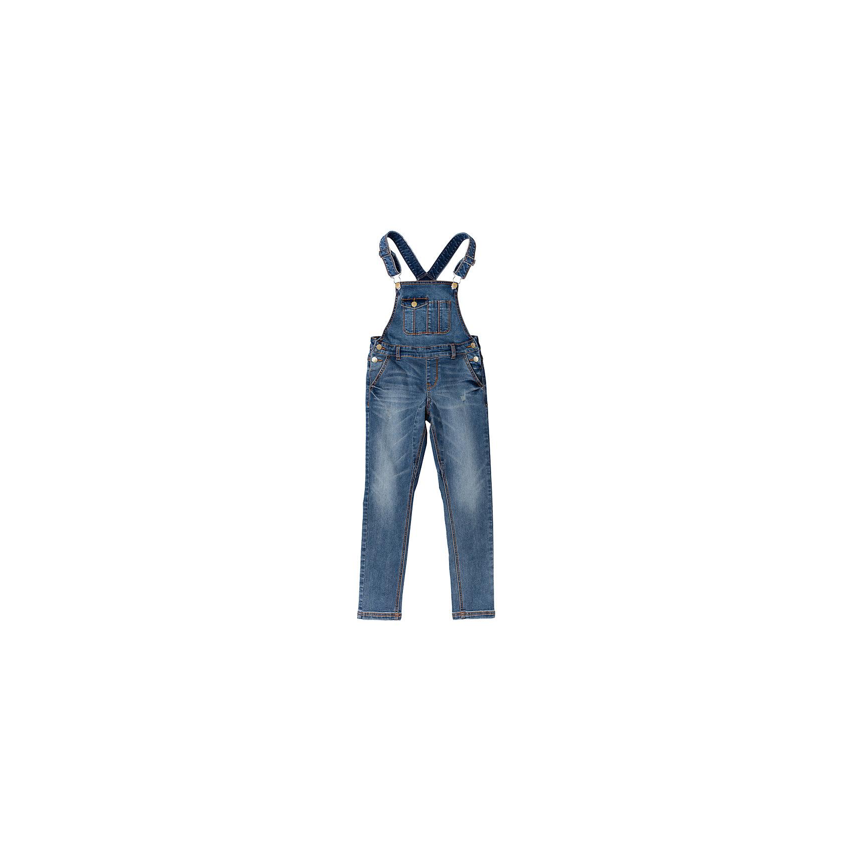 Комбинезон джинсовый для девочки ScoolКомбинезоны<br>Полукомбинезон для девочки Scool<br>Полукомбинезон из джинсовой ткани с эффектом потертости сможет быть одной из базовых вещей в гардеробе Вашей модницы! Хорошо сочетается с футболками и водолазками.  Пуговицы - болты являются удачным стильным и практичным решением. Мягкая ткань приятна к телу. Не сковывает движений. Комбинезон с высокой грудкой и широкими бретелями.Преимущества: Свободный крой не сковывает движенийНатуральный материал приятен к телу и не вызывает раздраженийМодель на пуговицах - болтах<br>Состав:<br>72% хлопок, 23% полиэстер, 3% вискоза, 2% эластан<br><br>Ширина мм: 215<br>Глубина мм: 88<br>Высота мм: 191<br>Вес г: 336<br>Цвет: голубой<br>Возраст от месяцев: 156<br>Возраст до месяцев: 168<br>Пол: Женский<br>Возраст: Детский<br>Размер: 164,134,140,146,152,158<br>SKU: 5406883