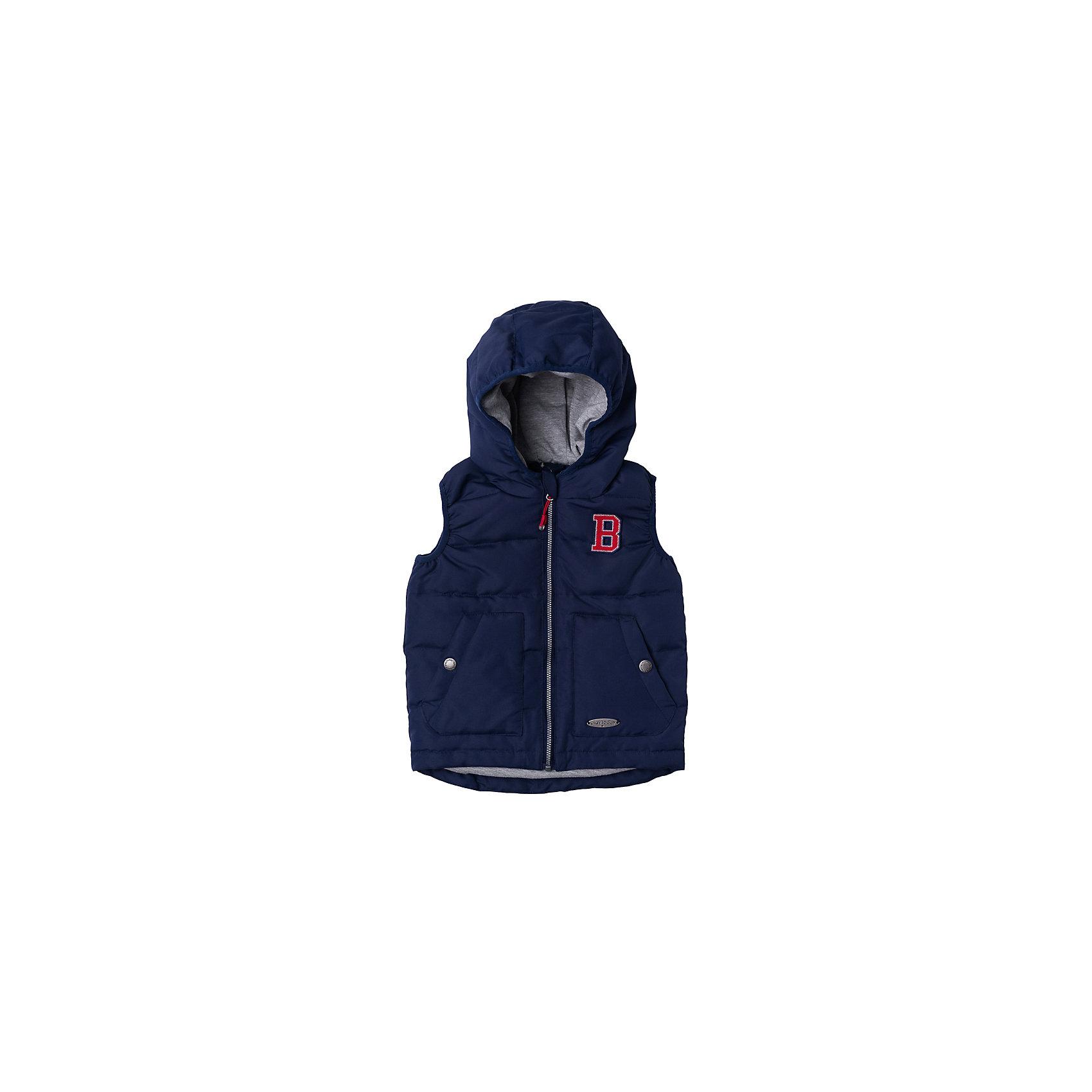 Жилет для мальчика PlayTodayВерхняя одежда<br>Характеристики товара:<br><br>• цвет: синий<br>• состав: 100% полиэстер<br>• подкладка: 80% хлопок, 20% полиэстер<br>• утеплитель: 100% полиэстер, 150 г/м2<br>• температурный режим: от +5 до +15С<br>• сезон: демисезон<br>• водоотталкивающая пропитка<br>• подкладка из мягкого трикотажа<br>• вышивка на груди<br>• два кармана на кнопках<br>• молния с защитой подбородка<br>• эластичные проймы для рук<br>• светоотражающие элементы на подоле<br>• капюшон не отстегивается<br>• страна бренда: Германия<br>• страна производства: Китай<br><br>Жилет с капюшоном для мальчика PlayToday. Утепленный жилет на молнии с водооталкивающей пропиткой - замечательное решение для весны. Специальный карман для фиксации застежки-молнии не позволит застежке травмировать нежную кожу ребенка. Подкладка из мягкого трикотажа будет актуальна для очень подвижных детей - она прекрасно впитывает лишнюю влагу.  <br><br>Наличие светооражателя на подоле позволит видеть ребенка в темное время суток. За счет мягкой резинки на пройме рукавов, данный жилет будет удобен и в ветреную погоду. Модель со светоотражателями, ребенок будет виден в темное время суток.<br><br>Жилет для мальчика от известного бренда PlayToday можно купить в нашем интернет-магазине.<br><br>Ширина мм: 356<br>Глубина мм: 10<br>Высота мм: 245<br>Вес г: 519<br>Цвет: полуночно-синий<br>Возраст от месяцев: 6<br>Возраст до месяцев: 9<br>Пол: Мужской<br>Возраст: Детский<br>Размер: 74,92,80,86<br>SKU: 5407700