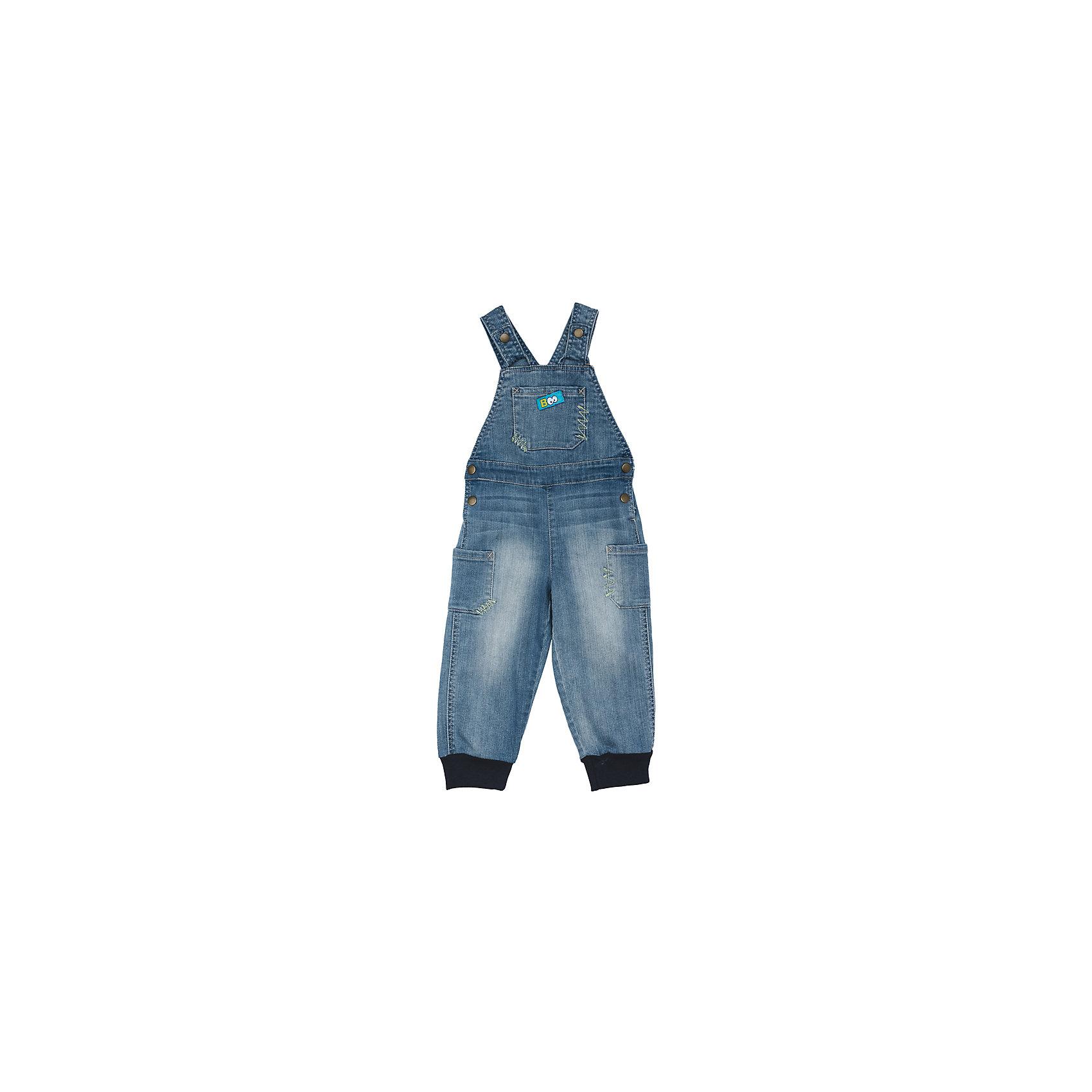 Комбинезон джинсовый для мальчика PlayTodayДжинсовая одежда<br>Характеристики товара:<br><br>• цвет: голубой<br>• состав: 99% хлопок, 1% эластан <br>• сезон: демисезон<br>• бретели  и пояс на кнопках<br>• карманы <br>• эффект потертостей<br>• трикотажные резинки по низу штанин<br>• страна бренда: Германия<br>• страна производства: Китай<br><br>Полукомбинезон из натуральной джинсовой ткани с эффектом потертости сможет быть одной из базовых вещей детского гардероба. Низ штанин на мягких трикотажных резинках. Изделие удобно снимать и одевать за счет удобных застежек - кнопок на поясе и на бретелях.<br><br>Полукомбинезон для мальчика от известного бренда Scool можно купить в нашем интернет-магазине.<br><br>Ширина мм: 157<br>Глубина мм: 13<br>Высота мм: 119<br>Вес г: 200<br>Цвет: голубой<br>Возраст от месяцев: 6<br>Возраст до месяцев: 9<br>Пол: Мужской<br>Возраст: Детский<br>Размер: 74,92,80,86<br>SKU: 5407850