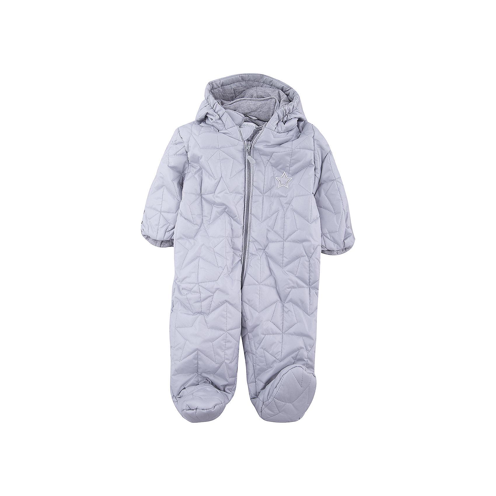 Комбинезон для мальчика PlayTodayВерхняя одежда<br>Характеристики товара:<br><br>• цвет: серый<br>• состав: 100% полиэстер<br>• подкладка: 100% хлопок<br>• утеплитель: 100% полиэстер, 150 г/м2<br>• температурный режим: от +0°С до +15°С<br>• стеганый<br>• кисти рук закрываются теплыми защитными кармашками<br>• молния с защитой подбородка<br>• светоотражающие элементы<br>• капюшон на мягкой резинке <br>• капюшон не отстегивается<br>• страна бренда: Германия<br>• страна производства: Китай<br><br>Стеганый комбинезон с капюшоном для мальчика PlayToday. Утепленный комбинезон на молнии, с капюшоном прекрасно подойдет ребенку в прохладную погоду. Специальный карман для фиксации застежки-молнии не позволит застежке травмировать нежную кожу ребенка. Капюшон на мягкой резинке. Подкладка из натурального хлопка. Кисти рук закрываются теплыми защитными кармашками. <br><br>Комбинезон для мальчика от известного бренда PlayToday можно купить в нашем интернет-магазине.<br><br>Ширина мм: 356<br>Глубина мм: 10<br>Высота мм: 245<br>Вес г: 519<br>Цвет: серый<br>Возраст от месяцев: 2<br>Возраст до месяцев: 5<br>Пол: Мужской<br>Возраст: Детский<br>Размер: 62,74<br>SKU: 5407981