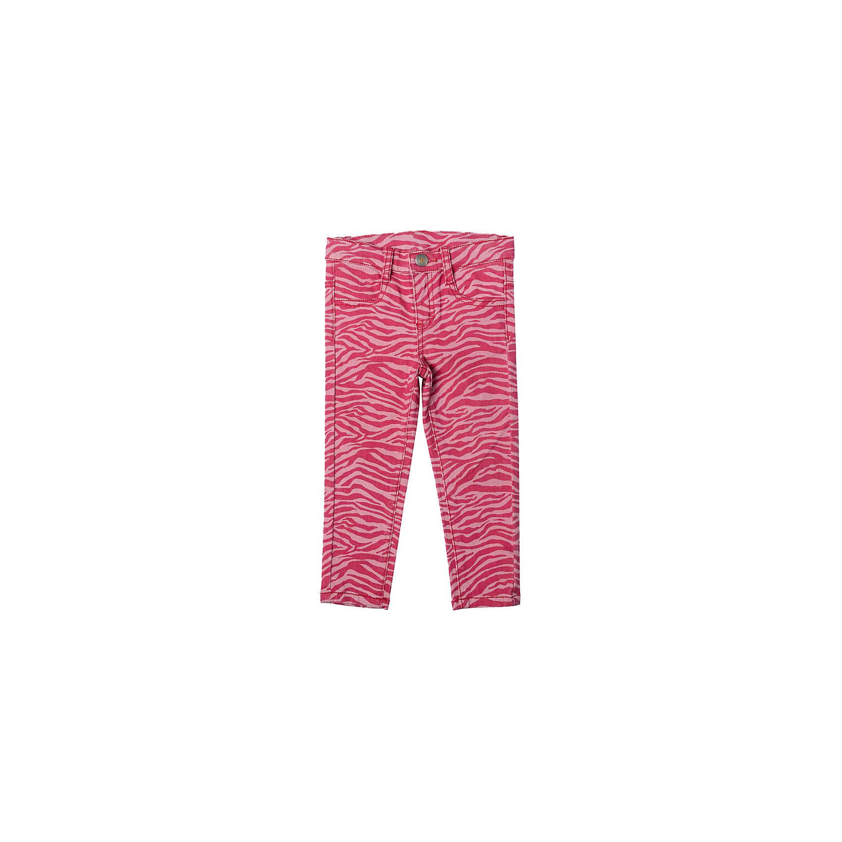 Джинсы для девочки PlayTodayДжинсовая одежда<br>Характеристики товара:<br><br>• цвет: розовый<br>• состав: 98% хлопок, 2% эластан<br>• шлевки<br>• качественный материал<br>• карманы <br>• принт<br>• комфортная посадка<br>• коллекция: весна-лето 2017<br>• страна бренда: Германия<br>• страна производства: Китай<br><br>Популярный бренд PlayToday выпустил новую коллекцию! Вещи из неё продолжают радовать покупателей удобством, стильным дизайном и продуманным кроем. Дети носят их с удовольствием. PlayToday - это линейка товаров, созданная специально для детей. Дизайнеры учитывают новые веяния моды и потребности детей. Порадуйте ребенка обновкой от проверенного производителя!<br>Эта модель обеспечит ребенку комфорт благодаря качественному материалу и удобному крою. С её помощью можно сделать интересный акцент в образе, дополнить наряд и одеться по погоде. Очень модная вещь! Выглядит стильно и аккуратно.<br><br>Джинсы для девочки от известного бренда Scool можно купить в нашем интернет-магазине.<br><br>Ширина мм: 215<br>Глубина мм: 88<br>Высота мм: 191<br>Вес г: 336<br>Цвет: белый<br>Возраст от месяцев: 6<br>Возраст до месяцев: 9<br>Пол: Женский<br>Возраст: Детский<br>Размер: 74,92,86,80<br>SKU: 5408109