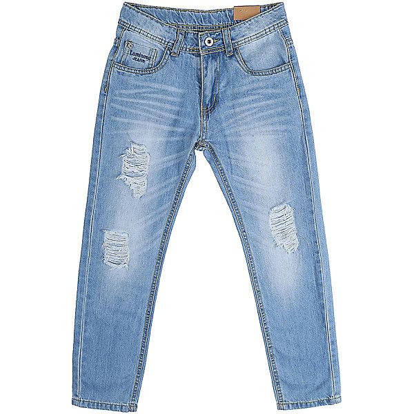 Джинсы для мальчика LuminosoДжинсовая одежда<br>Джинсы  для мальчика с оригинальной варкой. Декорированы  потертости и эффектом рваной джинсы. Зауженный крой, средняя посадка. Застегиваются на молнию и пуговицу. Шлевки на поясе рассчитаны под ремень. В боковой части пояса находятся вшитые эластичные ленты, регулирующие посадку по талии.<br>Состав:<br>100%хлопок<br>Ширина мм: 215; Глубина мм: 88; Высота мм: 191; Вес г: 336; Цвет: синий; Возраст от месяцев: 132; Возраст до месяцев: 144; Пол: Мужской; Возраст: Детский; Размер: 152,134,164,158,146,140; SKU: 5409678;