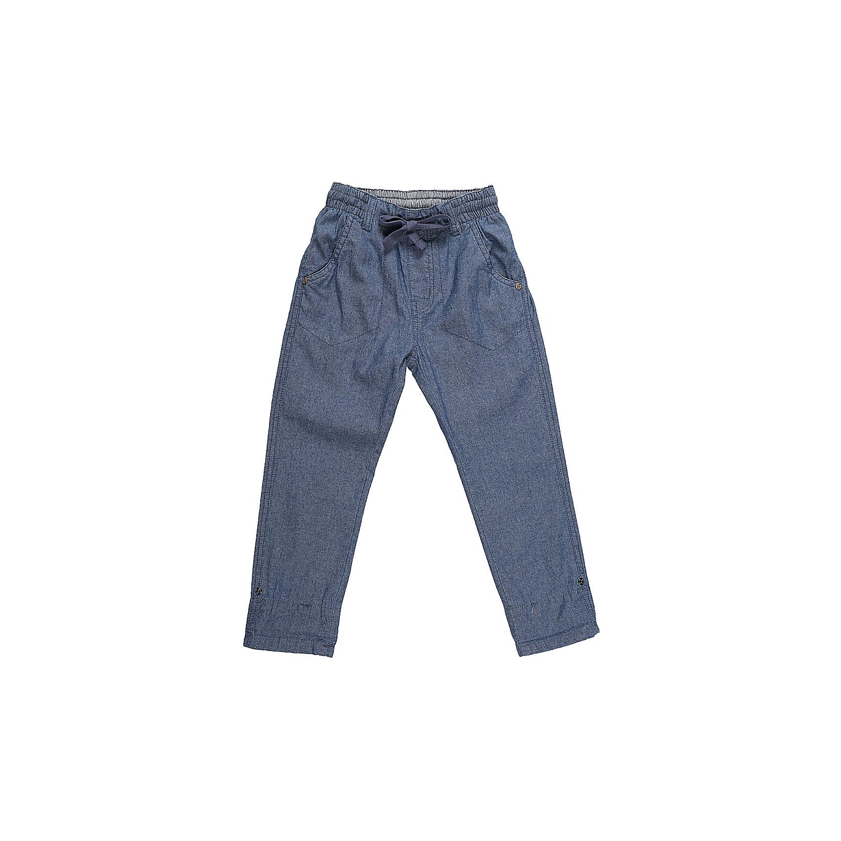 Джинсы для мальчика Sweet BerryДжинсы<br>Хлопковые брюки для мальчика из облегченной джинсовой ткани прямого кроя.  Застегиваются на молнию и пуговицу. Шлевки на поясе рассчитаны под ремень. В боковой части пояса находятся вшитые эластичные ленты, регулирующие посадку по талии.<br>Состав:<br>100%хлопок<br><br>Ширина мм: 215<br>Глубина мм: 88<br>Высота мм: 191<br>Вес г: 336<br>Цвет: синий<br>Возраст от месяцев: 84<br>Возраст до месяцев: 96<br>Пол: Мужской<br>Возраст: Детский<br>Размер: 128,104,98,110,116,122<br>SKU: 5410407