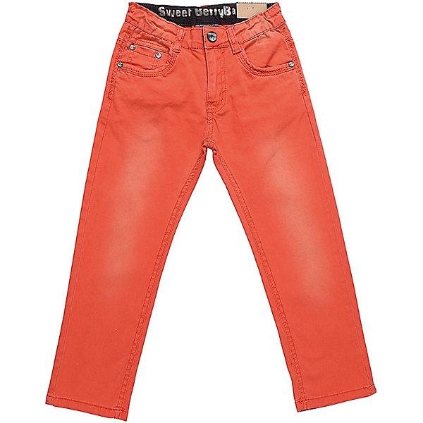Джинсы для мальчика Sweet BerryДжинсовая одежда<br>Яркие джинсы  для мальчика. Зауженный крой, средняя посадка. Застегиваются на молнию и пуговицу. Шлевки на поясе рассчитаны под ремень. В боковой части пояса находятся вшитые эластичные ленты, регулирующие посадку по талии.<br>Состав:<br>98%хлопок 2%эластан<br><br>Ширина мм: 215<br>Глубина мм: 88<br>Высота мм: 191<br>Вес г: 336<br>Цвет: оранжевый<br>Возраст от месяцев: 84<br>Возраст до месяцев: 96<br>Пол: Мужской<br>Возраст: Детский<br>Размер: 128,104,98,110,116,122<br>SKU: 5410449