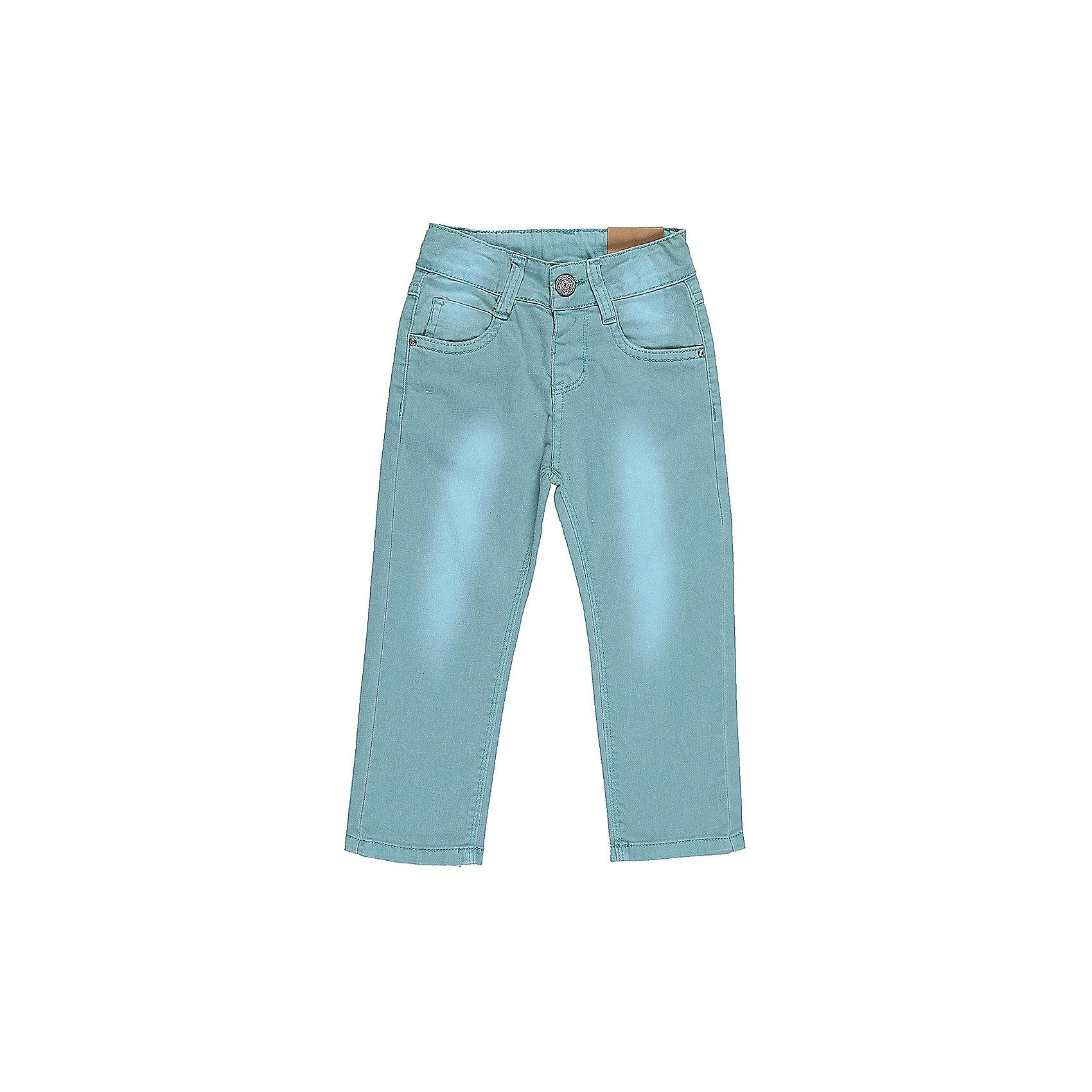 Джинсы для девочки Sweet BerryДжинсовый бум<br>Бирюзовые джинсы  для девочки с оригинальной варкой. Имеют зауженный крой, среднюю посадку. Застегиваются на молнию и крючок. Шлевки на поясе рассчитаны под ремень. В боковой части пояса находятся вшитые эластичные ленты, регулирующие посадку по талии.<br>Состав:<br>98%хлопок 2%эластан<br><br>Ширина мм: 215<br>Глубина мм: 88<br>Высота мм: 191<br>Вес г: 336<br>Цвет: голубой<br>Возраст от месяцев: 12<br>Возраст до месяцев: 15<br>Пол: Женский<br>Возраст: Детский<br>Размер: 80,86,92,98<br>SKU: 5411208
