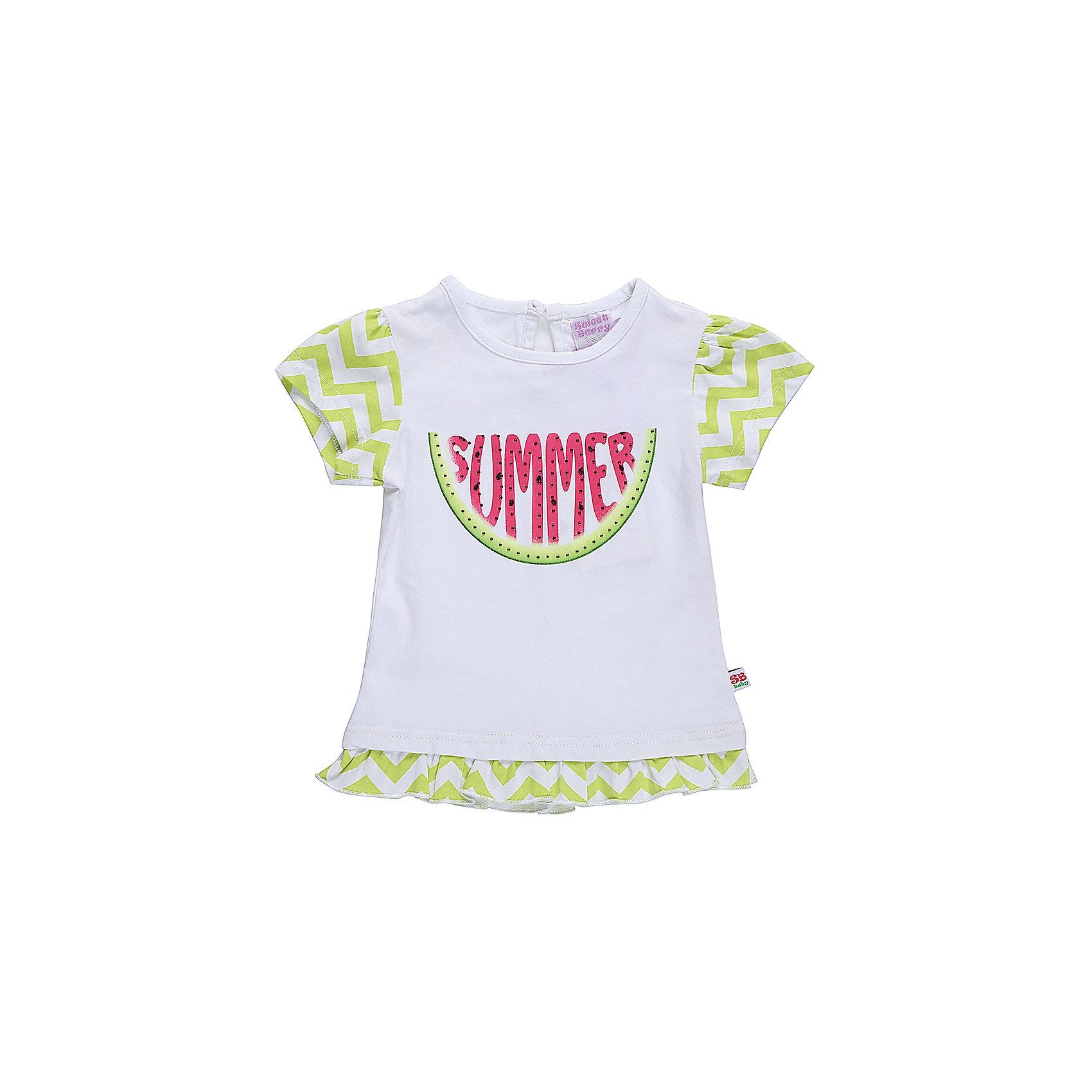 Футболка для девочки Sweet BerryФутболки, топы<br>Хлопковая, удленненая  футболка для девочки с оригинальным принтом. Короткий рукав, низ изделия декорированволаном Застежка на пуговке на спинке. Горловина выполнена из контрастной ткани.<br>Состав:<br>95%хлопок 5%эластан<br><br>Ширина мм: 199<br>Глубина мм: 10<br>Высота мм: 161<br>Вес г: 151<br>Цвет: белый<br>Возраст от месяцев: 12<br>Возраст до месяцев: 15<br>Пол: Женский<br>Возраст: Детский<br>Размер: 80,86,92,98<br>SKU: 5411282