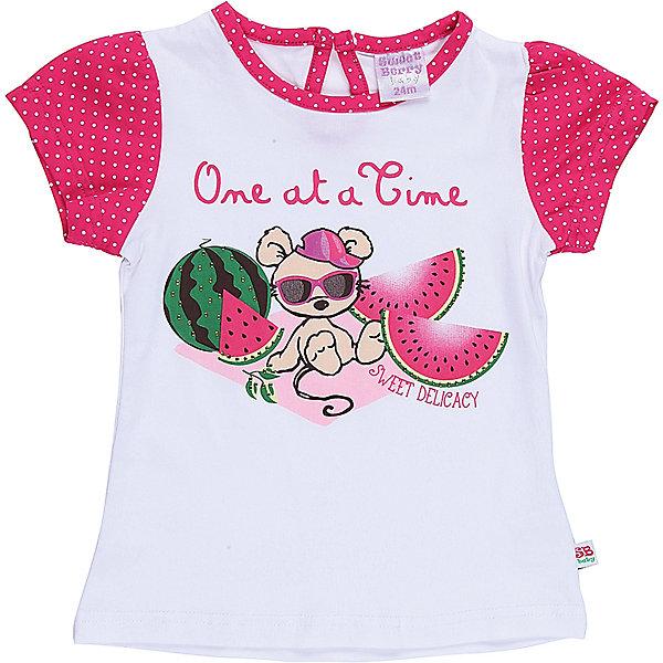 Футболка для девочки Sweet BerryФутболки, топы<br>Хлопковая футболка для девочки с оригинальным принтом. Короткий рукав, приталенный крой. Застежка на пуговке на спинке. Горловина выполнена из контрастной ткани.<br>Состав:<br>95%хлопок 5%эластан<br><br>Ширина мм: 199<br>Глубина мм: 10<br>Высота мм: 161<br>Вес г: 151<br>Цвет: белый<br>Возраст от месяцев: 12<br>Возраст до месяцев: 15<br>Пол: Женский<br>Возраст: Детский<br>Размер: 80,86,92,98<br>SKU: 5411328