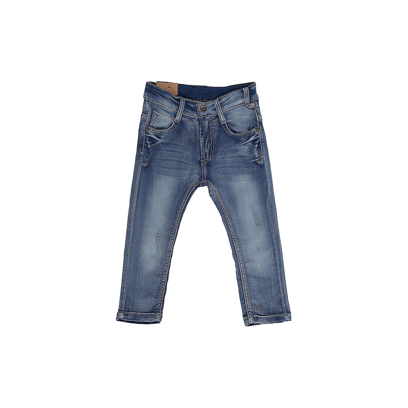 Джинсы для мальчика Sweet BerryДжинсовая одежда<br>Джинсы  для мальчика из хлопка, декорированы потертостями. Зауженный крой, средняя посадка. Застегиваются на молнию и крючок. Шлевки на поясе рассчитаны под ремень. В боковой части пояса находятся вшитые эластичные ленты, регулирующие посадку по талии.<br>Состав:<br>98%хлопок 2%эластан<br><br>Ширина мм: 215<br>Глубина мм: 88<br>Высота мм: 191<br>Вес г: 336<br>Цвет: синий<br>Возраст от месяцев: 12<br>Возраст до месяцев: 15<br>Пол: Мужской<br>Возраст: Детский<br>Размер: 80,86,92,98<br>SKU: 5411472