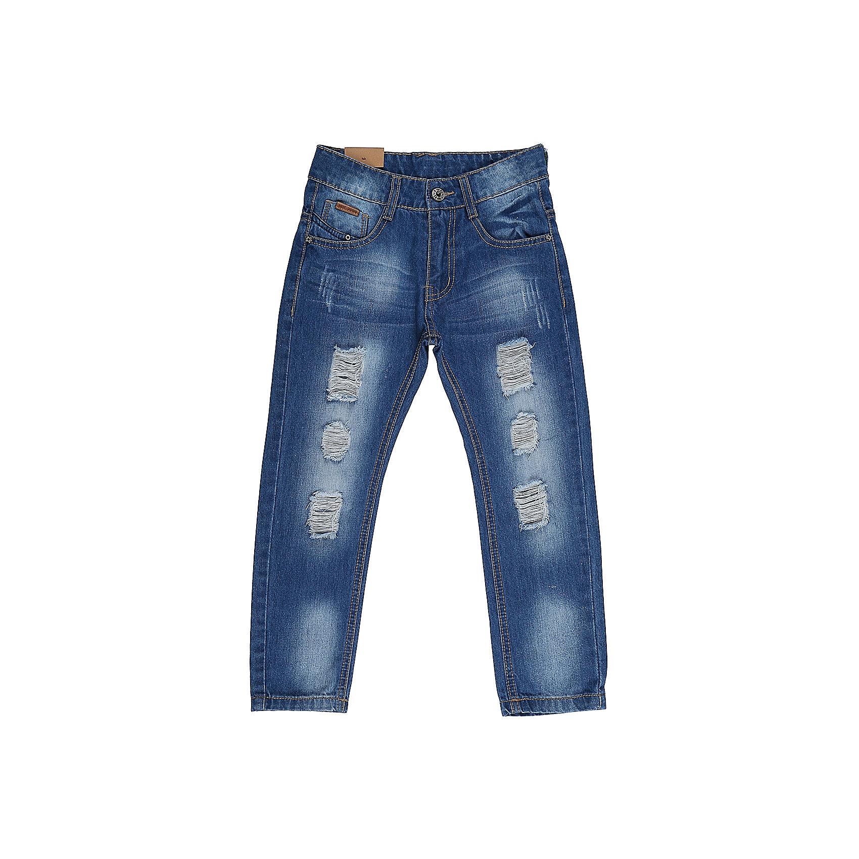 Джинсы для мальчика Sweet BerryДжинсовая одежда<br>Джинсы  для мальчика с оригинальной варкой. Декорированы  потертости и эффектом рваной джинсы. Зауженный крой, средняя посадка. Застегиваются на молнию и пуговицу. Шлевки на поясе рассчитаны под ремень. В боковой части пояса находятся вшитые эластичные ленты, регулирующие посадку по талии.<br>Состав:<br>100%хлопок<br><br>Ширина мм: 215<br>Глубина мм: 88<br>Высота мм: 191<br>Вес г: 336<br>Цвет: синий<br>Возраст от месяцев: 36<br>Возраст до месяцев: 48<br>Пол: Мужской<br>Возраст: Детский<br>Размер: 104,110,98,116,122,128<br>SKU: 5412934