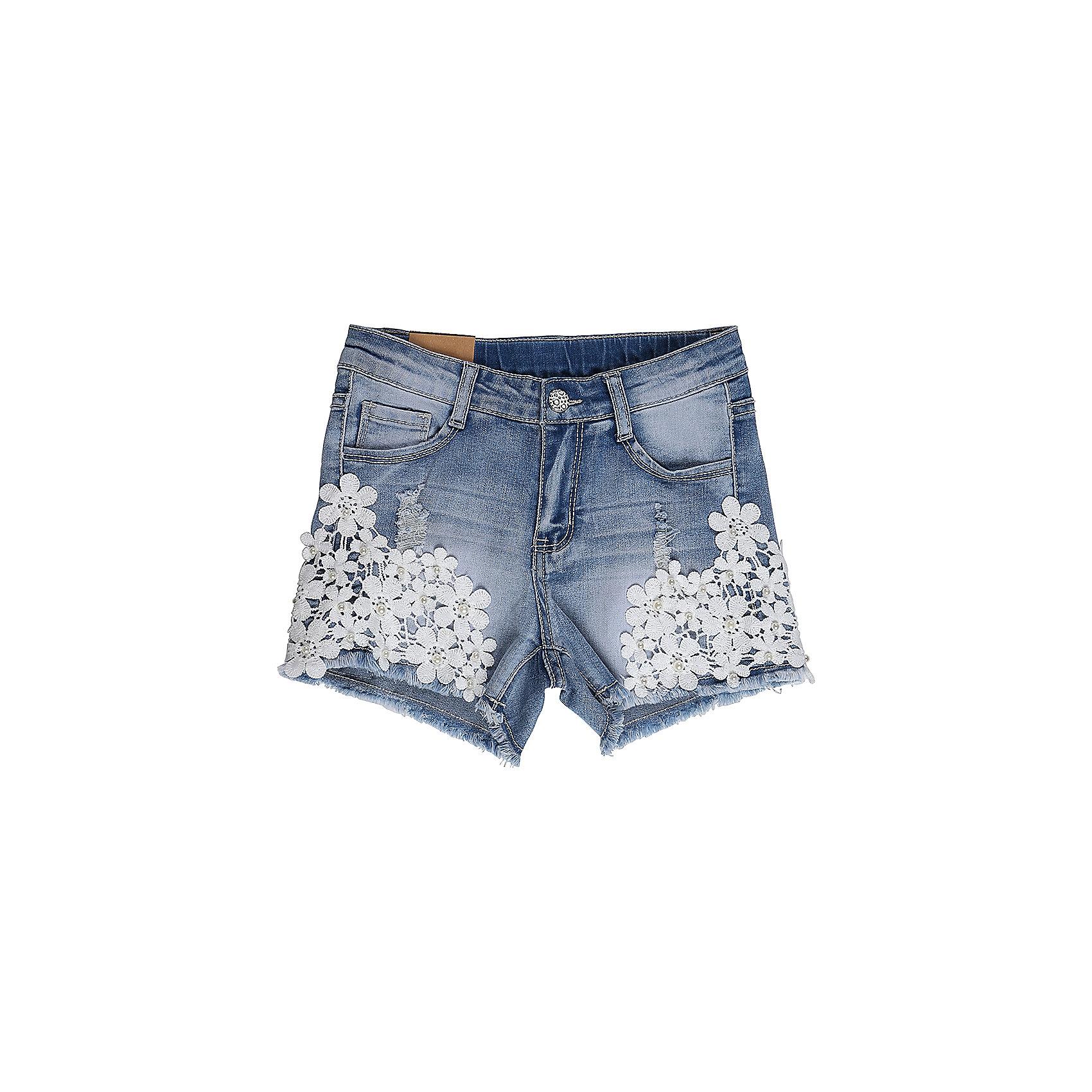 Шорты джинсовые для девочки LuminosoДжинсовая одежда<br>Джинсовые шорты для девочки Декорированые плетеным кружевом по бокам штани. Застегиваются на молнию и пуговицу.  В боковой части пояса находятся вшитые эластичные ленты, регулирующие посадку по талии.<br>Состав:<br>98%хлопок 2%эластан<br><br>Ширина мм: 191<br>Глубина мм: 10<br>Высота мм: 175<br>Вес г: 273<br>Цвет: голубой<br>Возраст от месяцев: 96<br>Возраст до месяцев: 108<br>Пол: Женский<br>Возраст: Детский<br>Размер: 134,140,146,152,158,164<br>SKU: 5412982