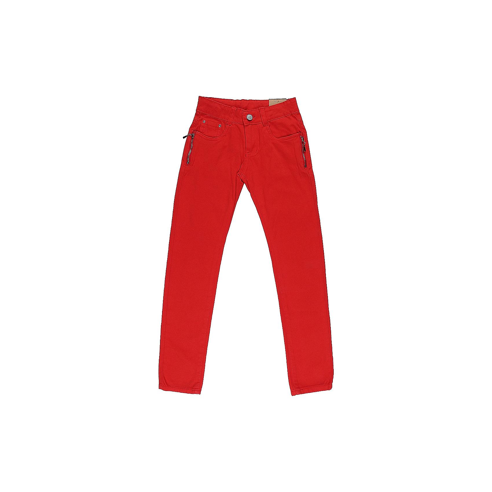 Брюки для девочки LuminosoБрюки<br>Яркие джинсовые брюки для девочки Декорированые двумя молниями по бокам карманов. Зауженный крой. Застегиваются на молнию и пуговицу. Шлевки на поясе рассчитаны под ремень. В боковой части пояса находятся вшитые эластичные ленты, регулирующие посадку по талии.<br>Состав:<br>98%хлопок 2%эластан<br><br>Ширина мм: 215<br>Глубина мм: 88<br>Высота мм: 191<br>Вес г: 336<br>Цвет: красный<br>Возраст от месяцев: 96<br>Возраст до месяцев: 108<br>Пол: Женский<br>Возраст: Детский<br>Размер: 134,152,164,158,146,140<br>SKU: 5413333